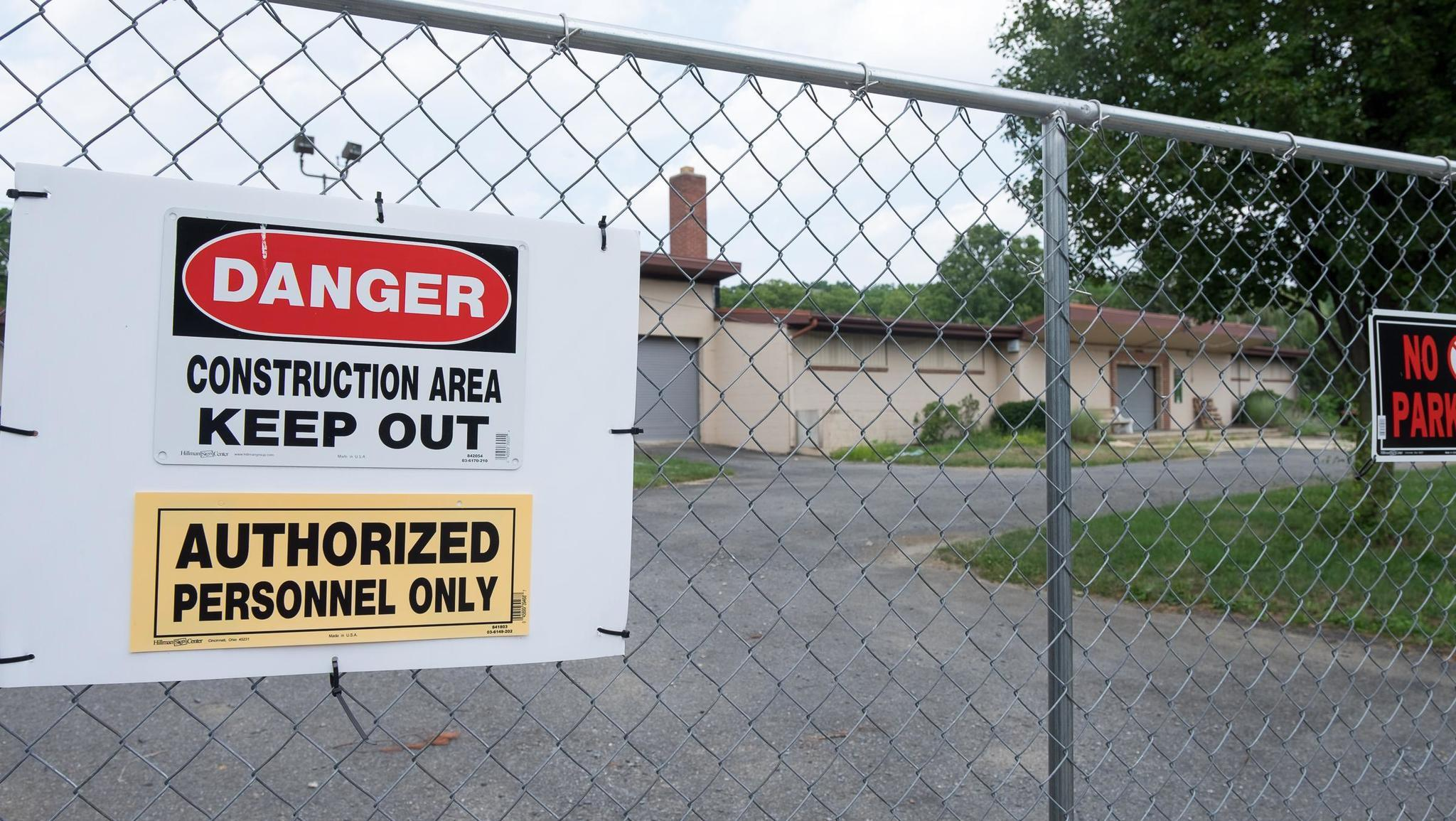 Allentown takes a bath on pool contract as overages near - Cedar beach swimming pool allentown pa ...