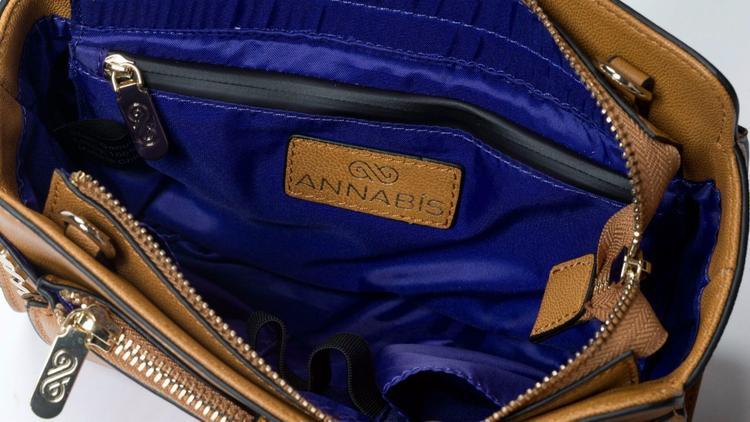 AnnaBis cannabis bags interior
