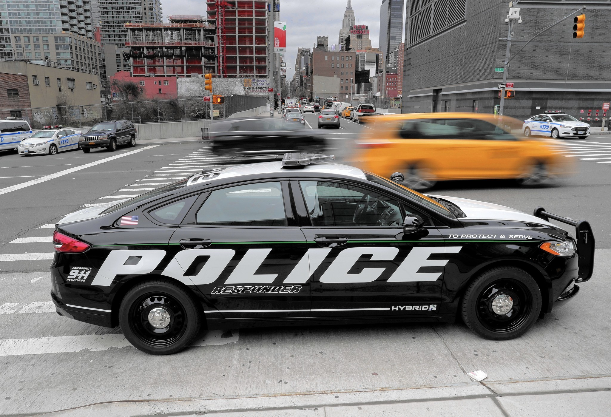 Ford Hybrid Police Car To Serve Cities And Protect Costs Chicago Tribune