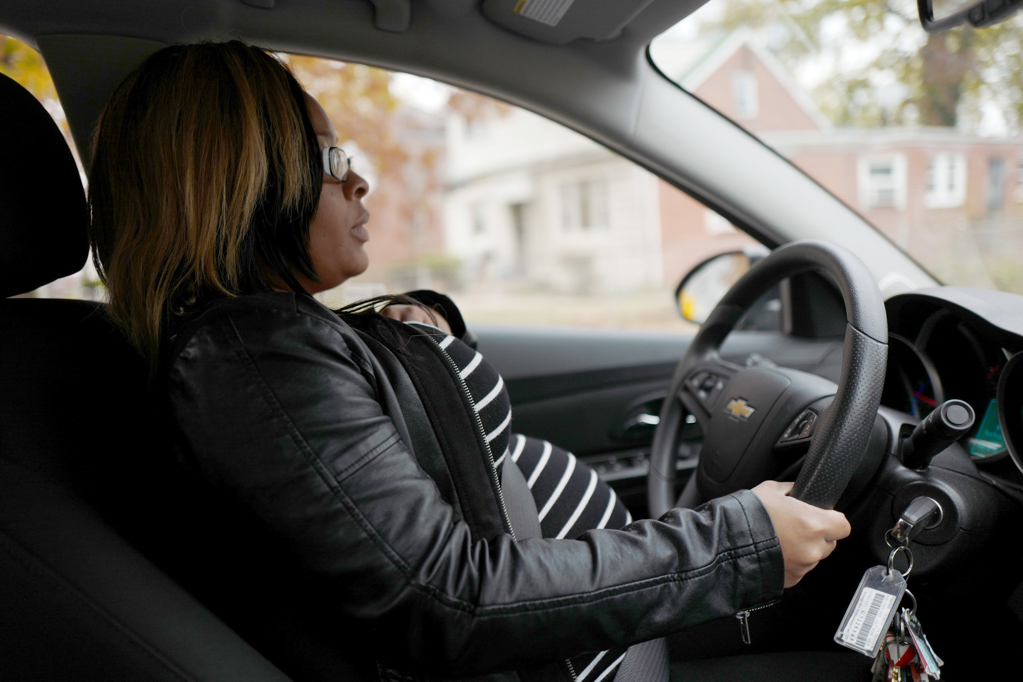 First Time Driver >> She was pregnant and broke. Signing up for Uber drove her into debt. - Chicago Tribune