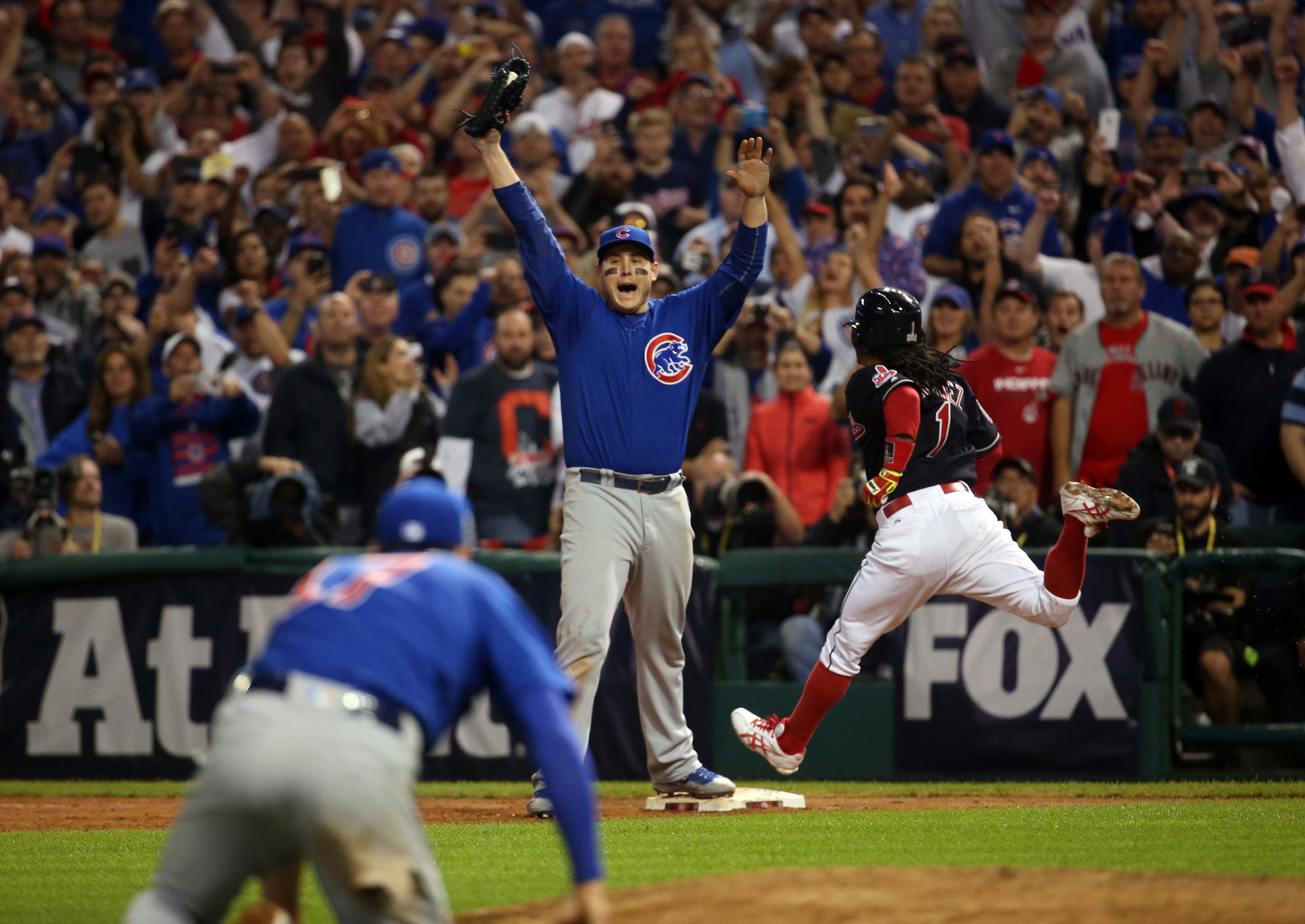 First Base Bag From World Series Game 7 Sells For 101 237