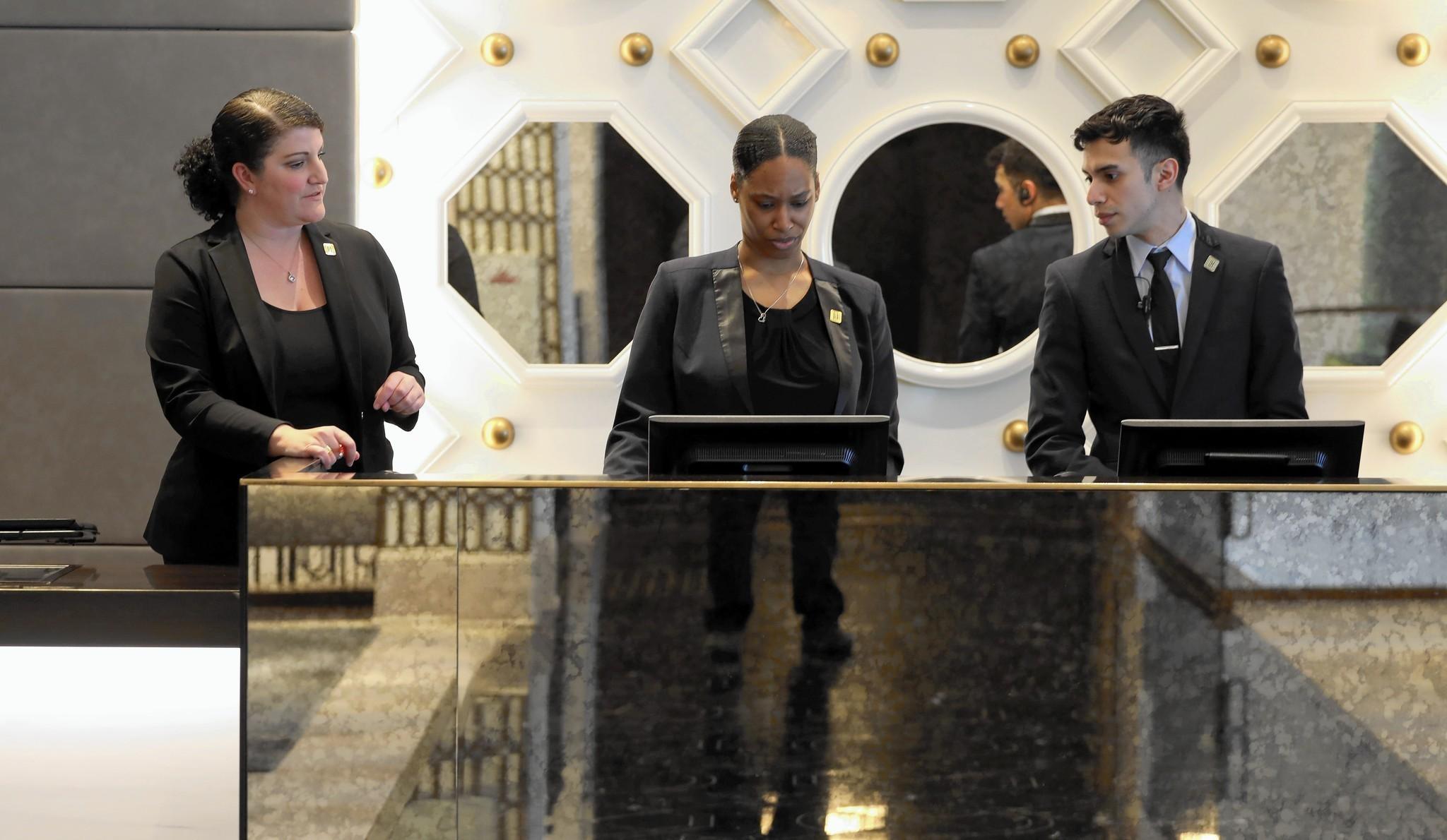 chicago concierges say smartphones can t compete chicago tribune