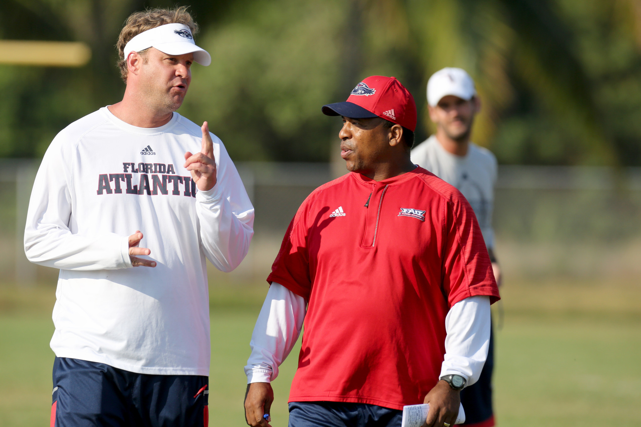 fau s lane kiffin not really big on humiliating the assistant