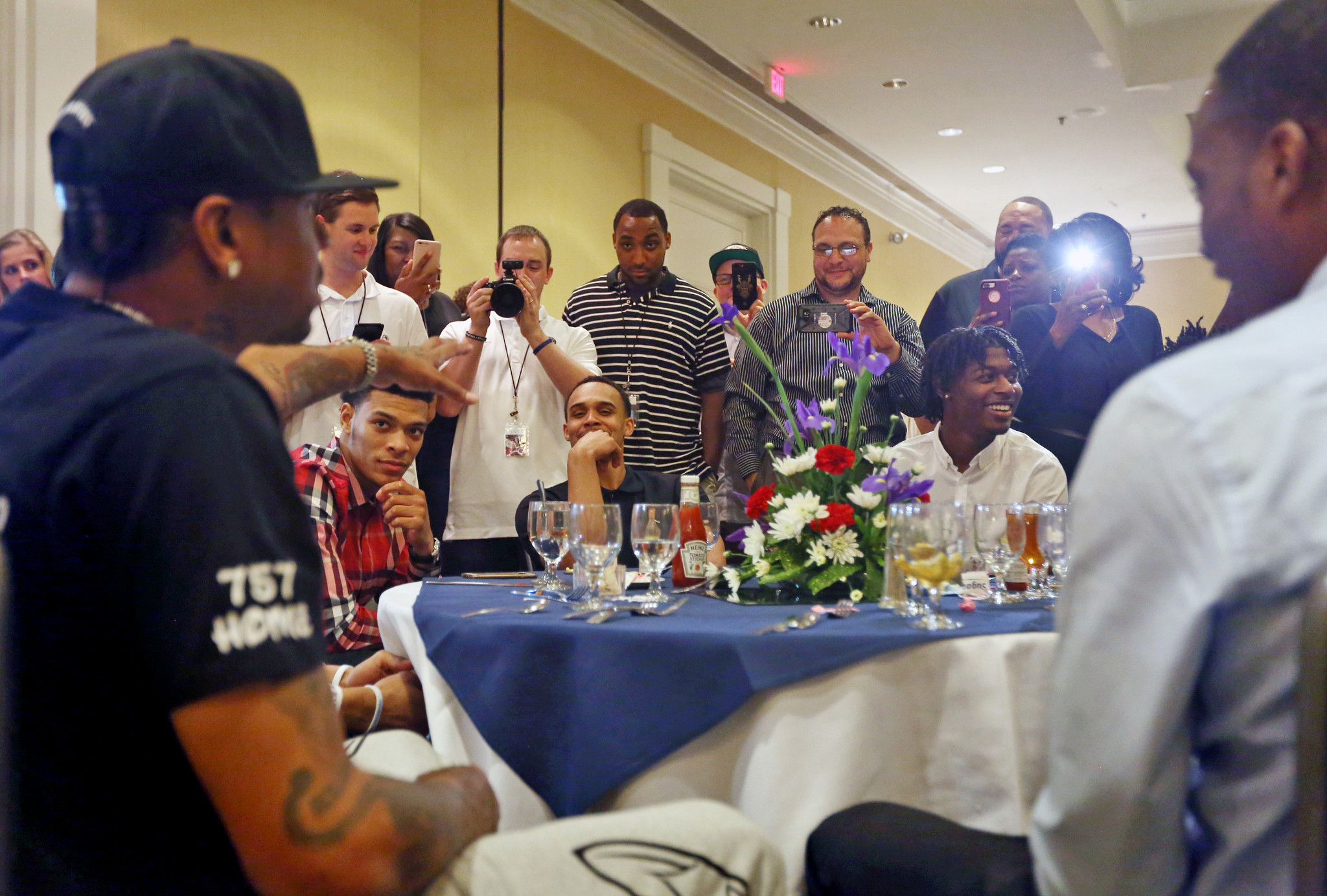 e3a3c42ef81e1f Allen Iverson counsels high school all-stars at his basketball showcase -  Daily Press