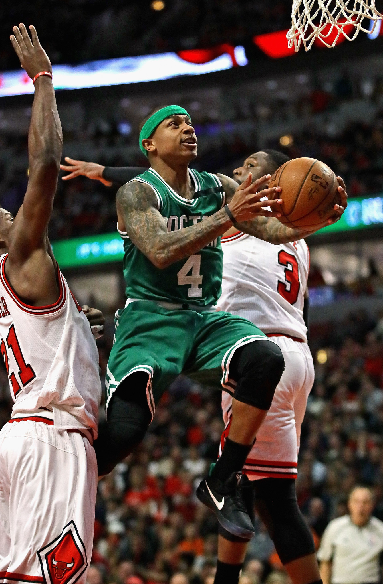 Celtics Assist Isaiah Thomas And Vice Versa In Victory