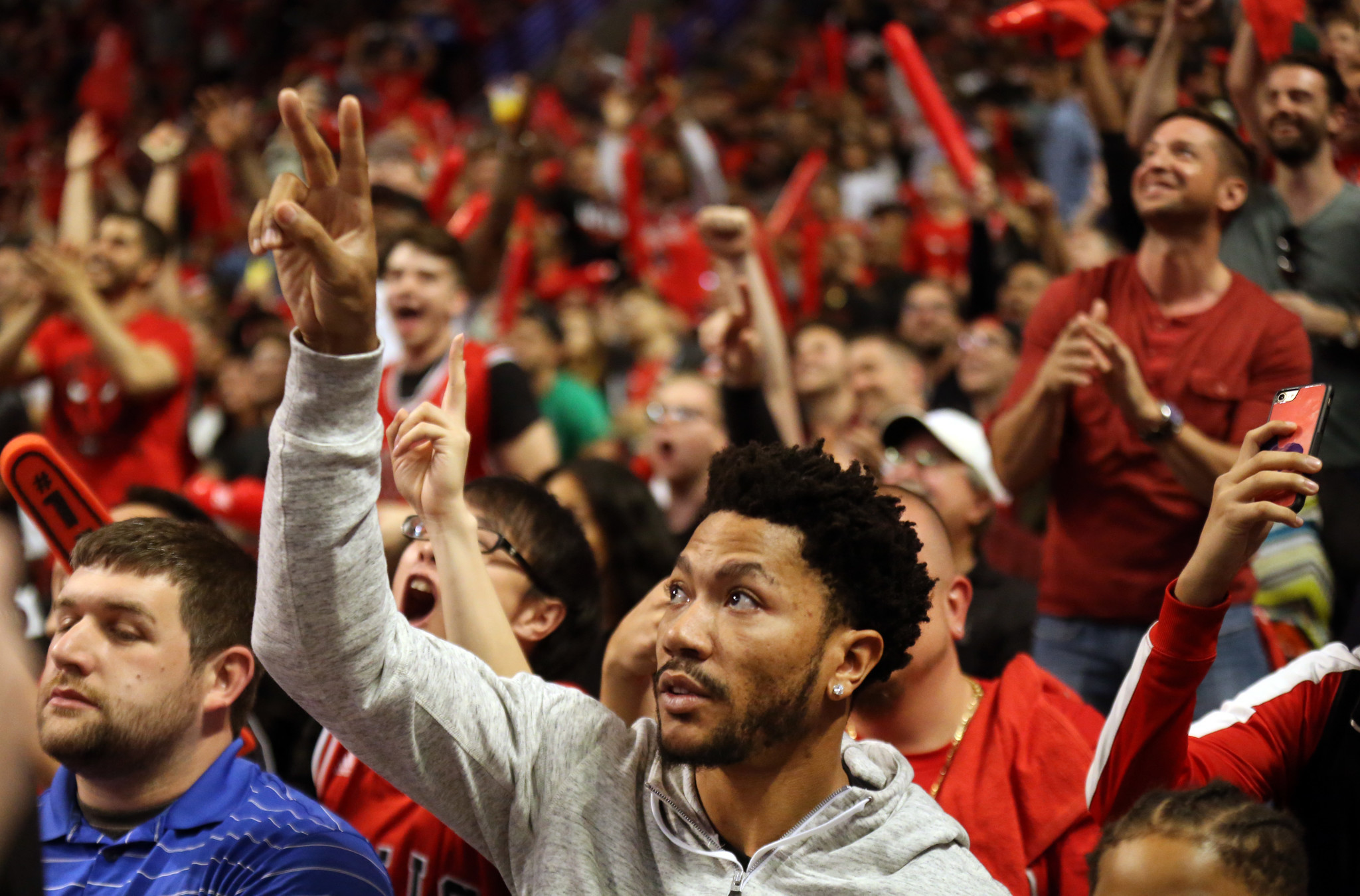 3074c75b2dee Derrick Rose  Nothing weird about attending Bulls playoff game - Chicago  Tribune