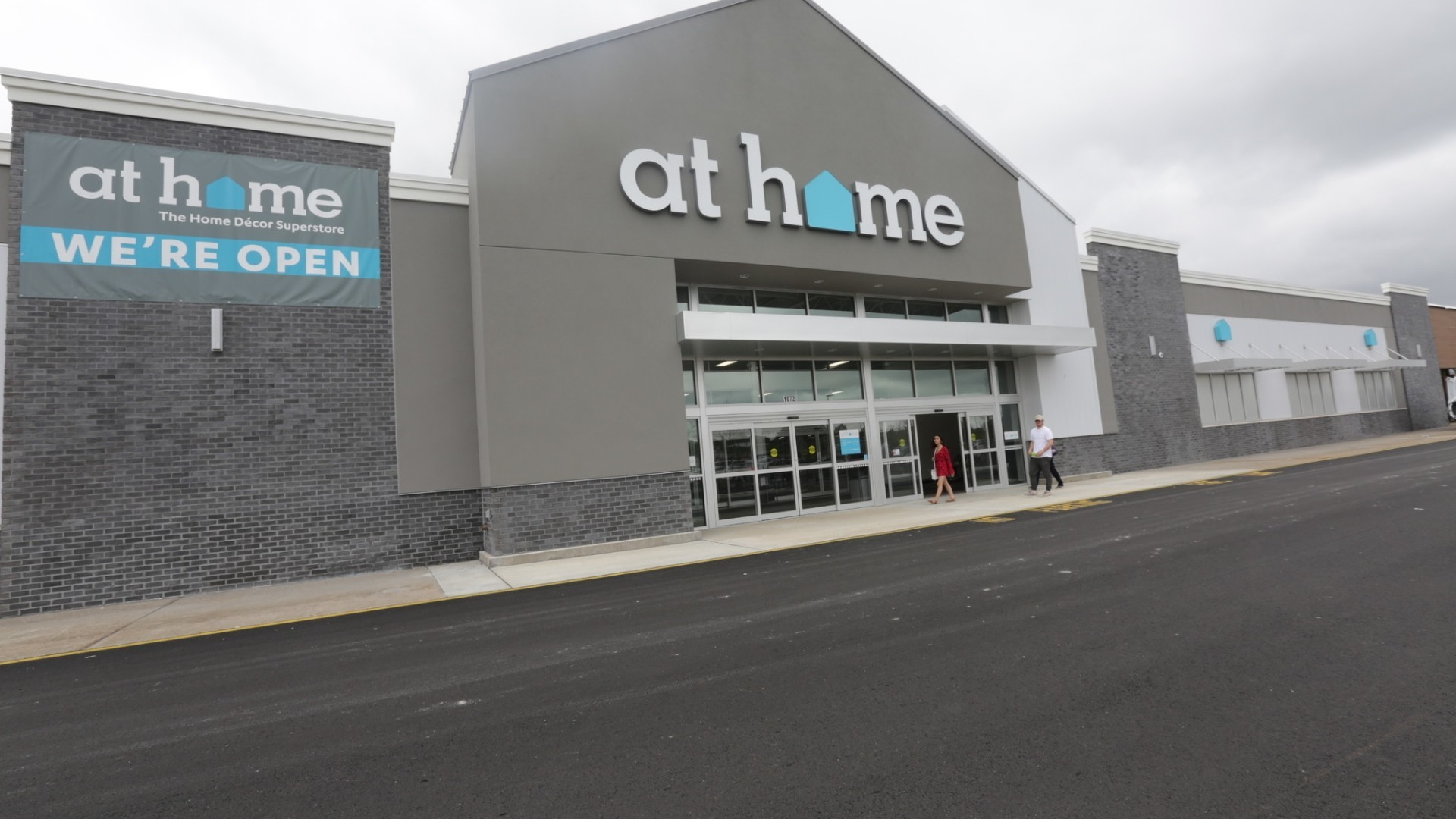 at home decorating superstore at home opens in hampton daily press 10395