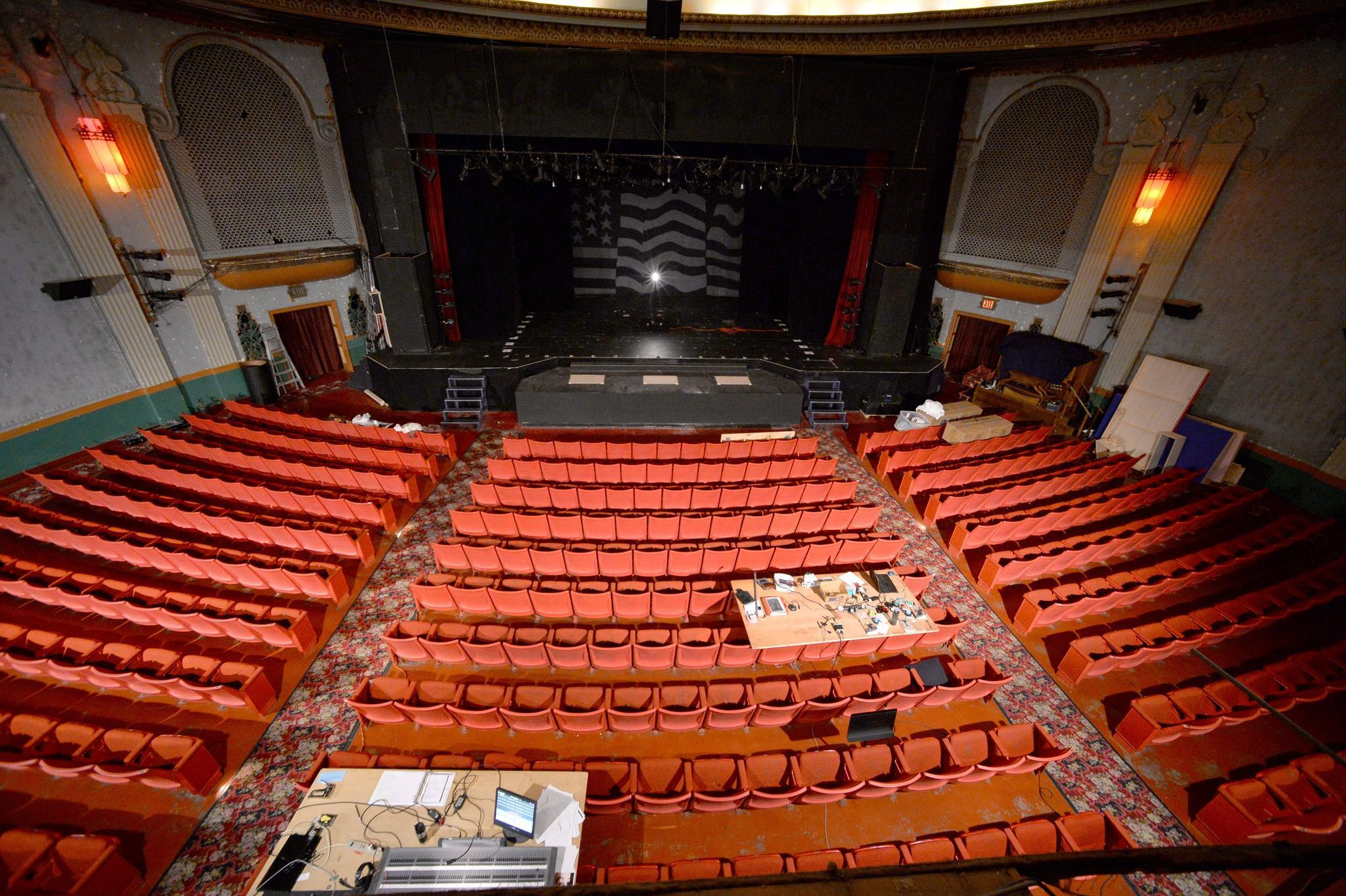 Civic theatre 39 s 5 5 million renovation project gets under way orlando sentinel for Capital home staging and design