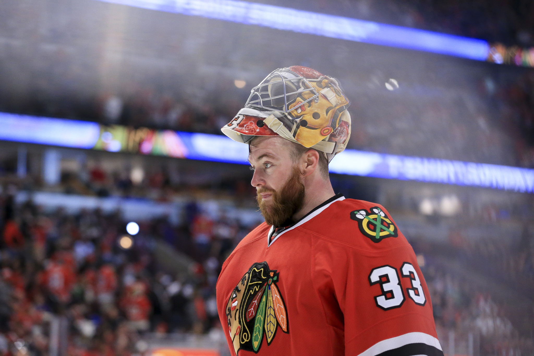 Blackhawks trade goalie Scott Darling to Hurricanes for third round-draft  pick - Chicago Tribune 8fede5684