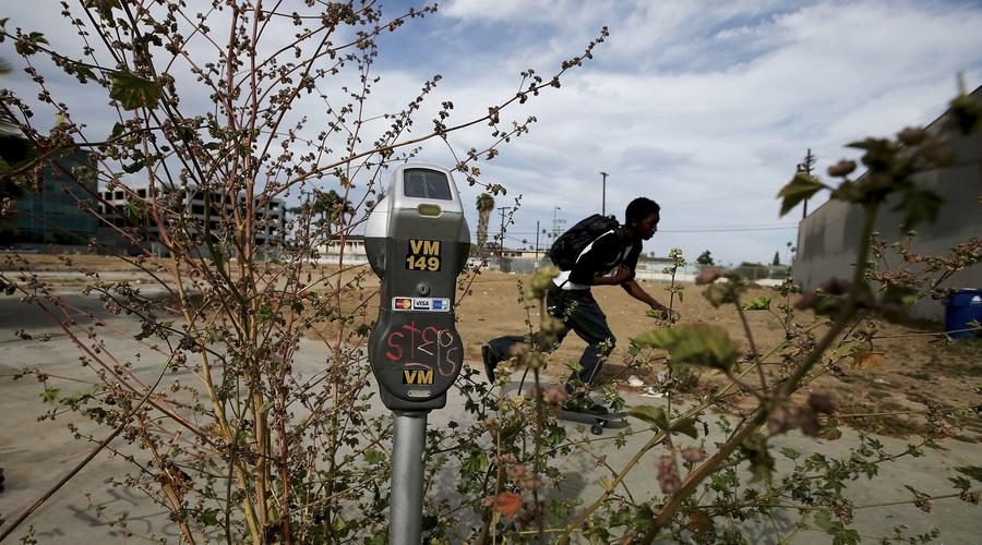 Vacant lots dotting South L.A. a painful reminder of L.A. riots