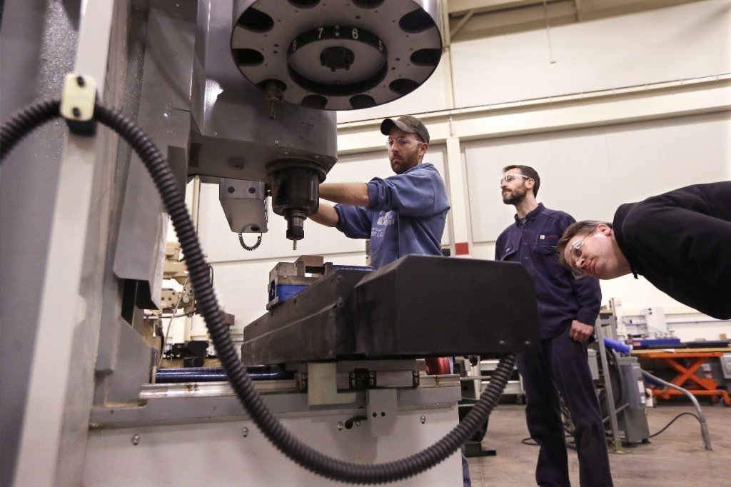 Students at Lansing Community College in Michigan learn about advanced precision machining.