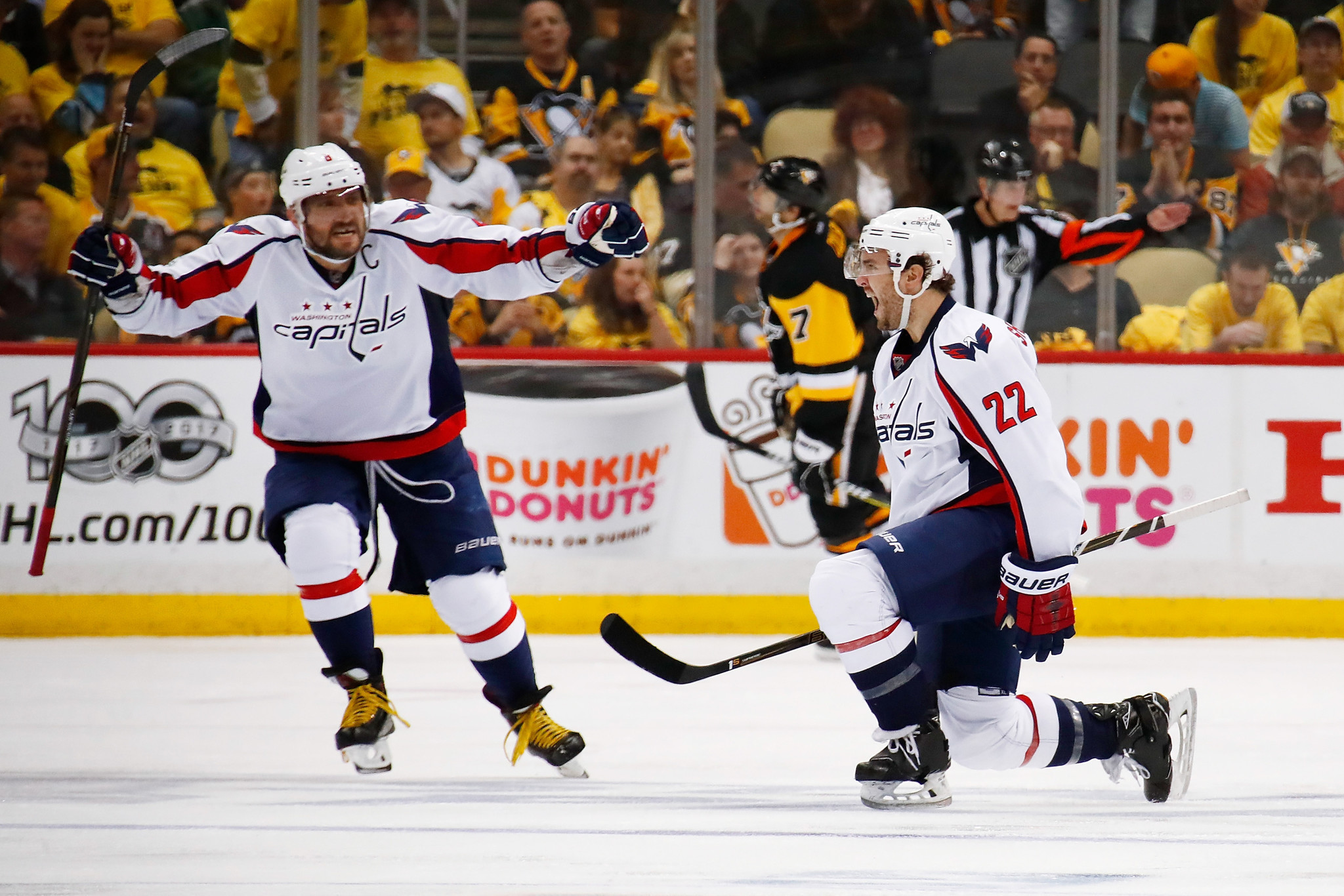 505998c1b Kevin Shattenkirk nets OT winner as Capitals edge Penguins 3-2. Washington  Capitals v Pittsburgh ...