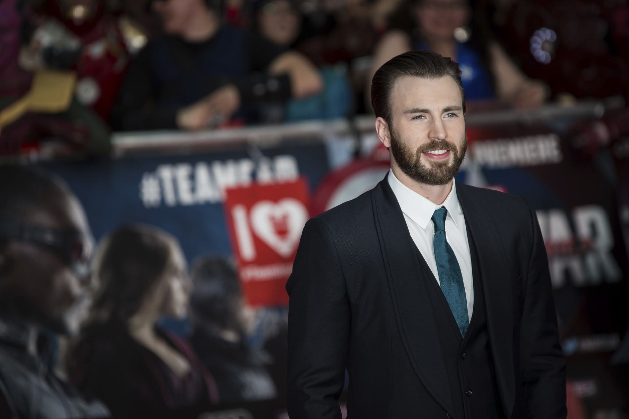 Actor, Red Sox fan Chris Evans calls for 'lifetime ban ...