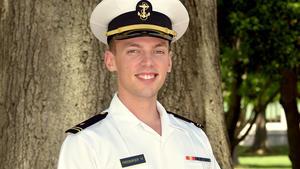 075000d794d Local Naval Academy  Firsties  look back — and forward - Capital Gazette
