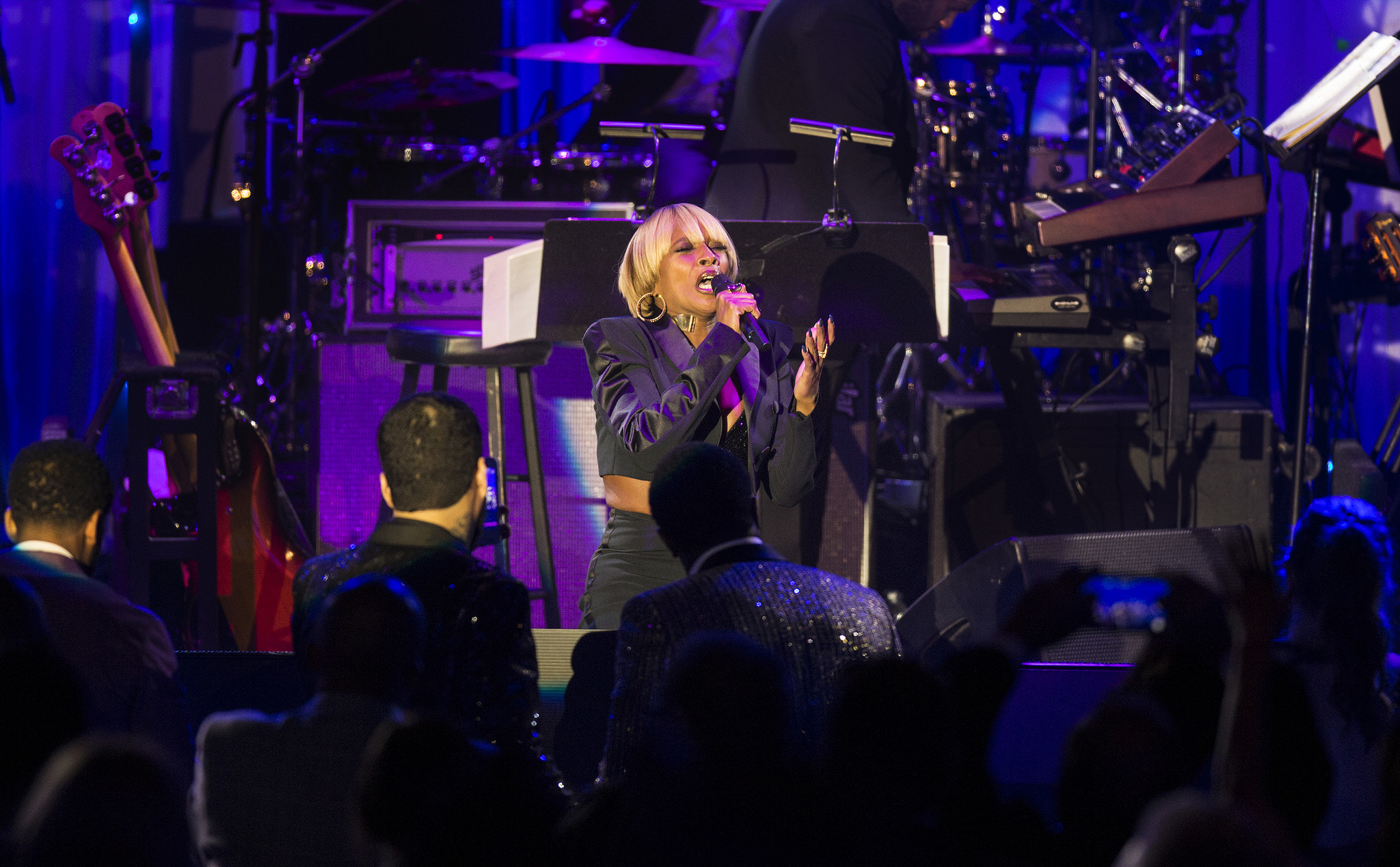 Mary J Blige brings down the house with