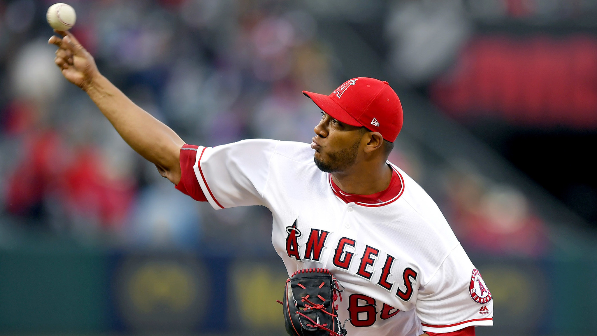 Angels beat Astros in walk-off fashion, 2-1 (2.08/12)