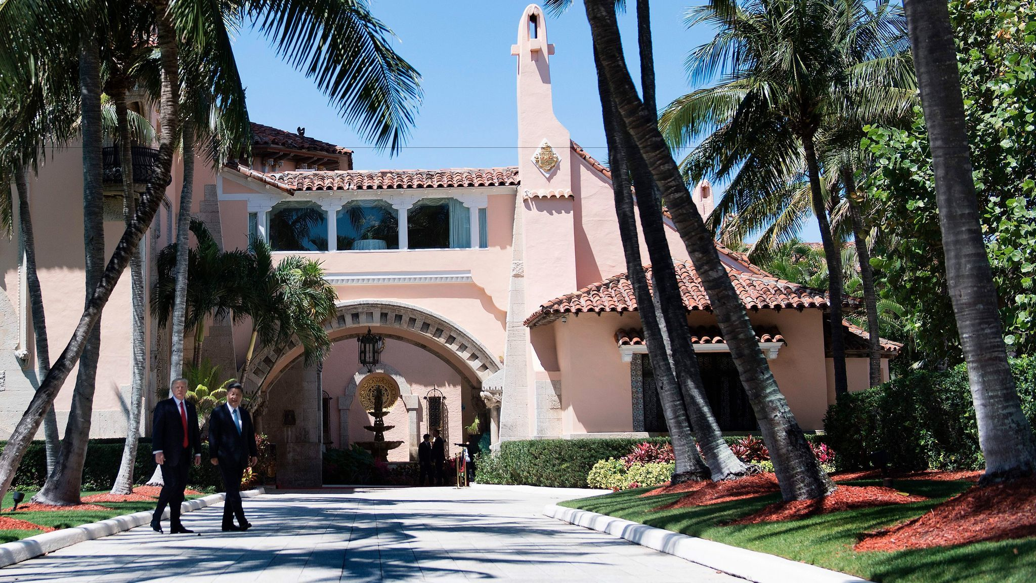 President Trump and Chinese President Xi Jinping at the Mar-a-Lago estate in West Palm Beach, Fla.