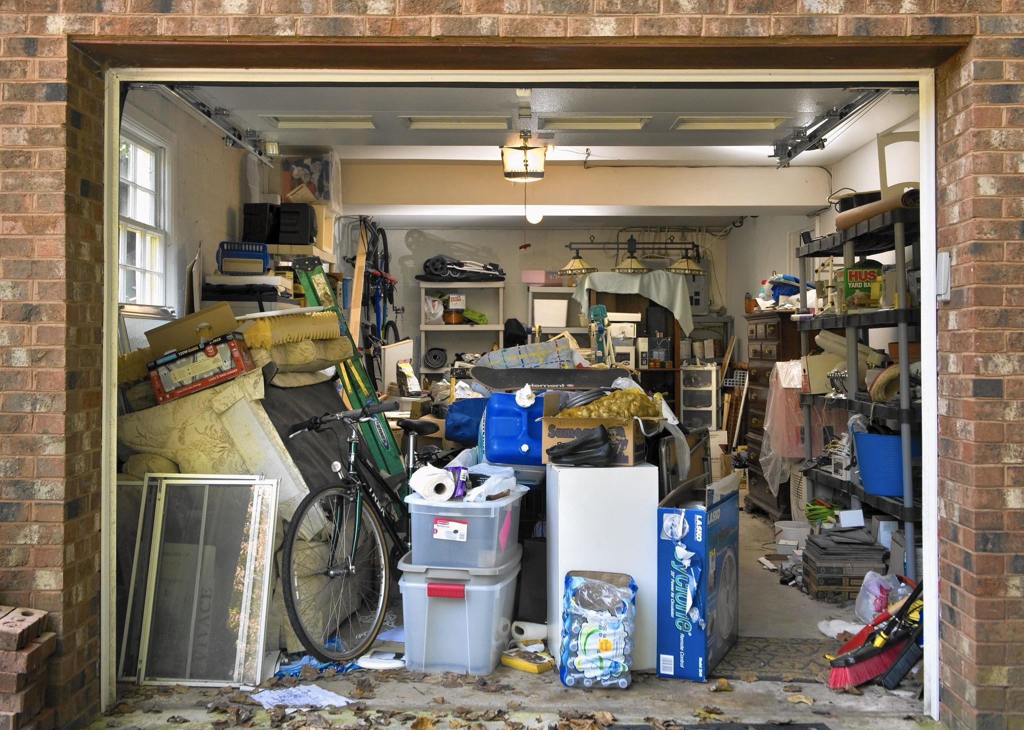 Car Moving Companies >> 3 steps to decluttering your garage - Chicago Tribune