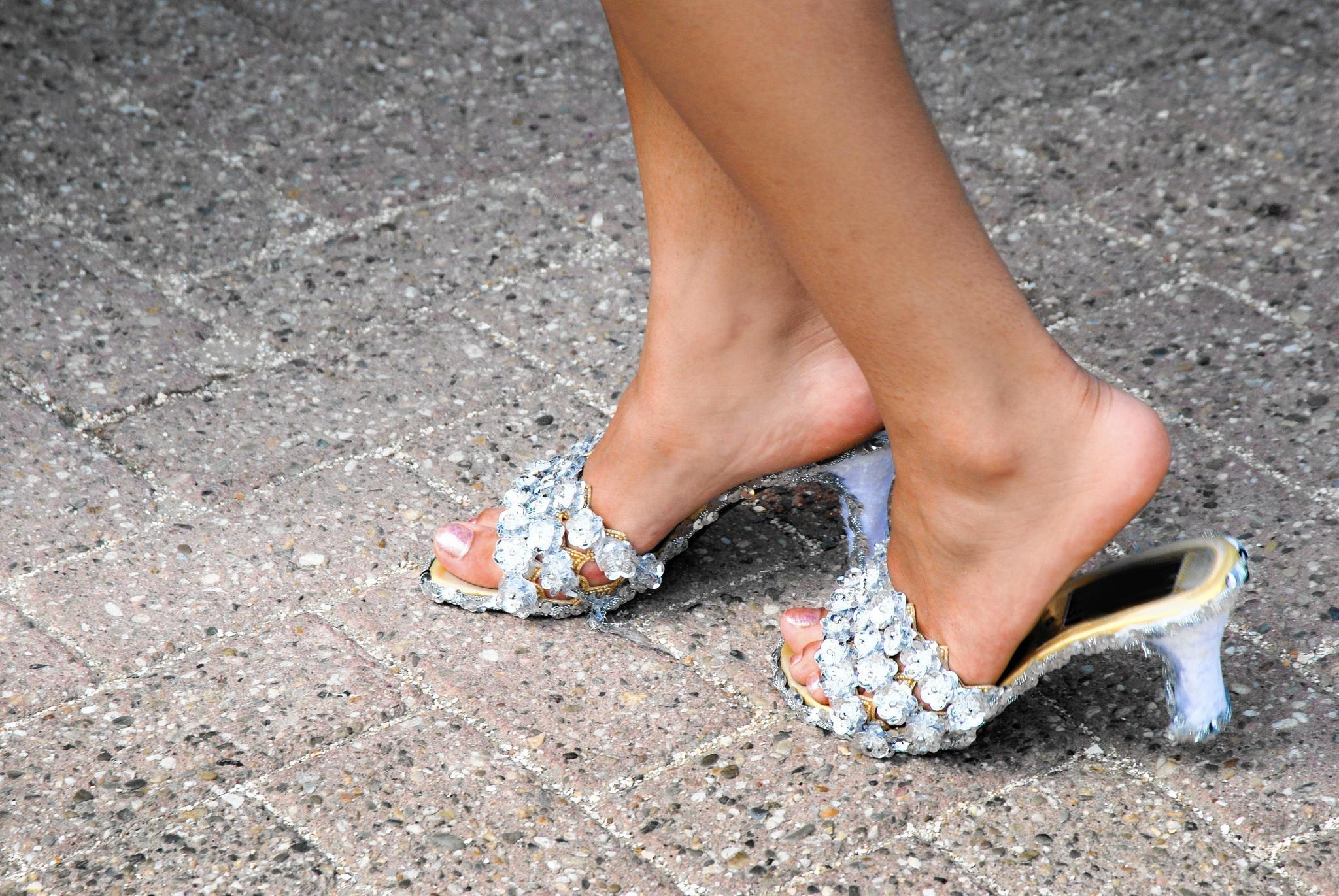 a383f00f032 What to do about noisy shoes - Chicago Tribune
