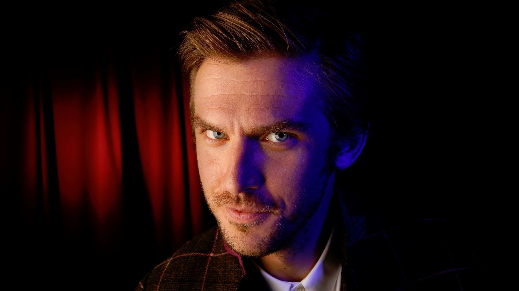 Dan Stevens Likes The Wit And The Special Kind Of Weird
