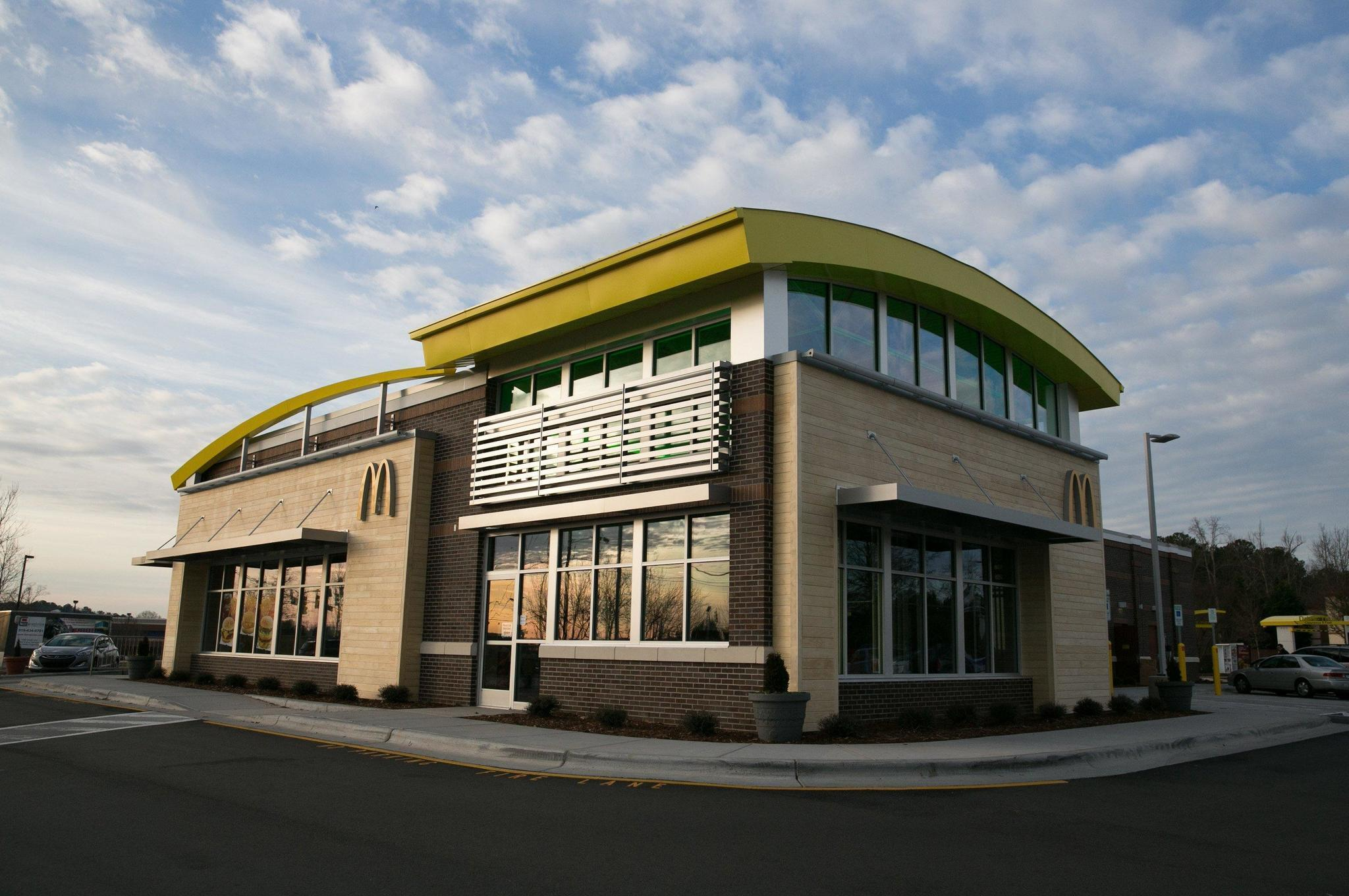 Naperville Mcdonald S Locations Offer Delivery Service