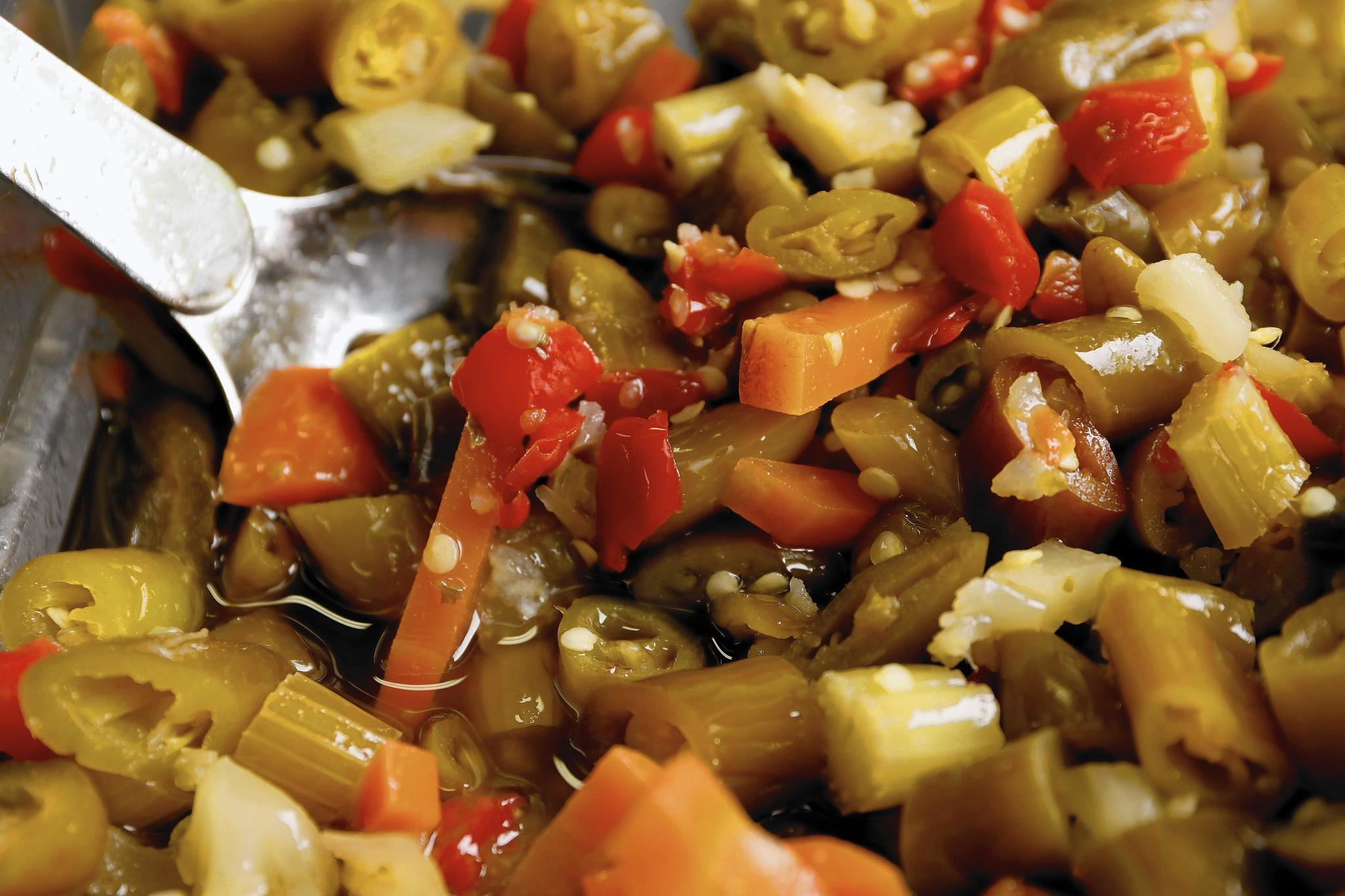 how giardiniera crossed an ocean to become chicago u0026 39 s