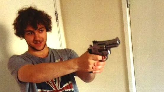 An undated handout picture released by the British Metropolitan Police Service in London on May 3, 2017, shows Damon Smith pointing a ball bearing gun.