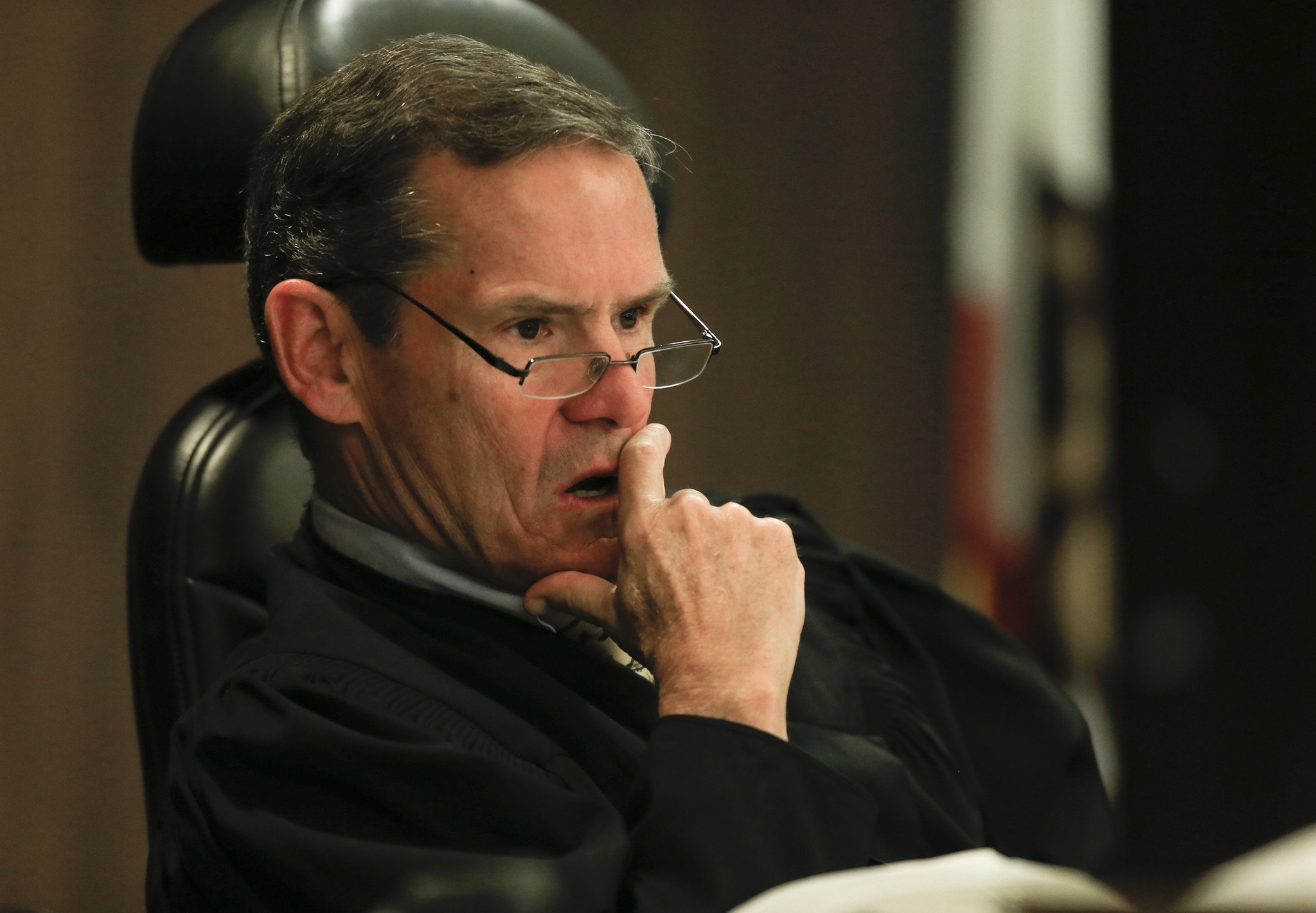 Judge 'underwhelmed' by sheriff's search for evidence in O ...