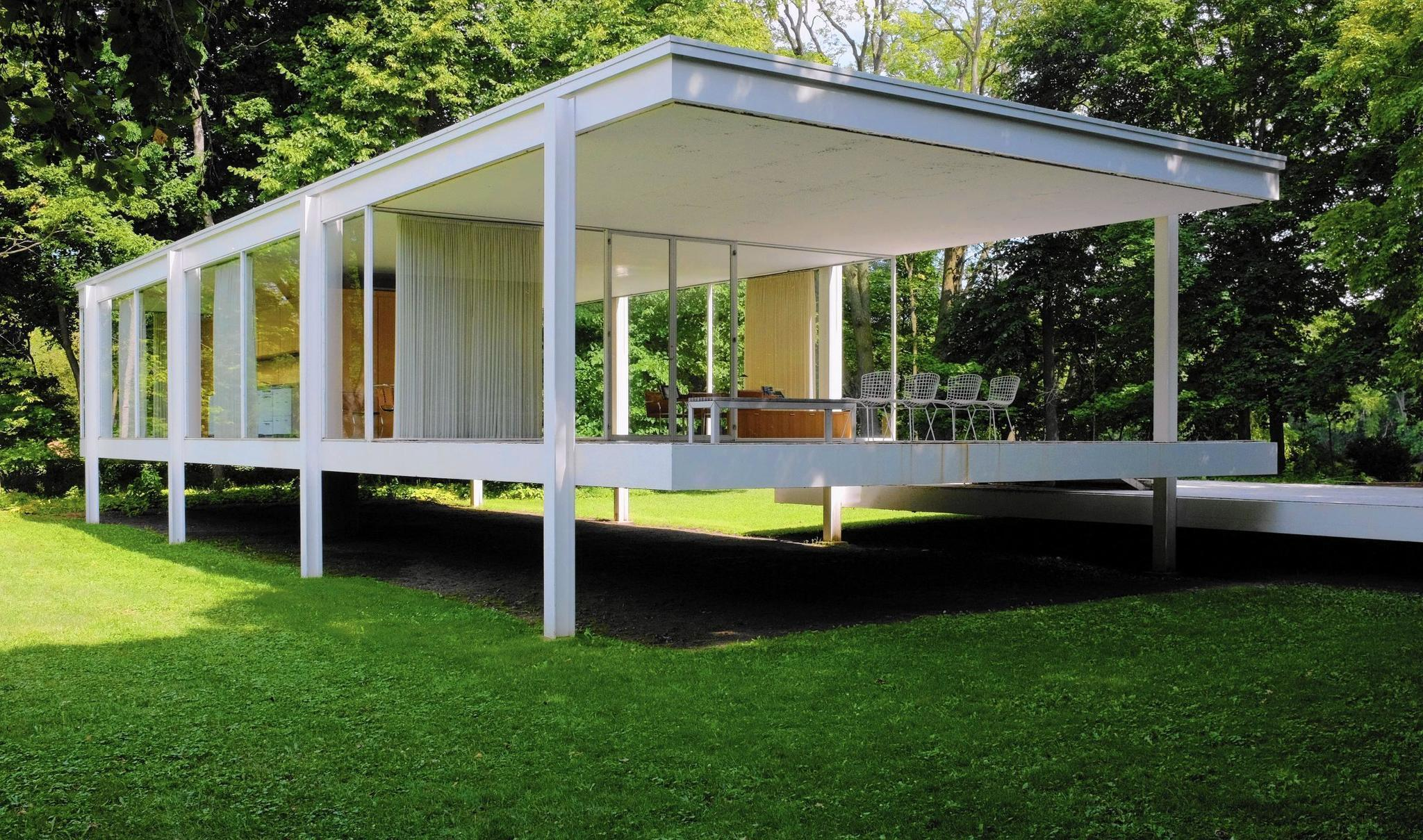 Minimalist Modern House Movie Deal Could Lift Farnsworth House Flood Proofing Plan