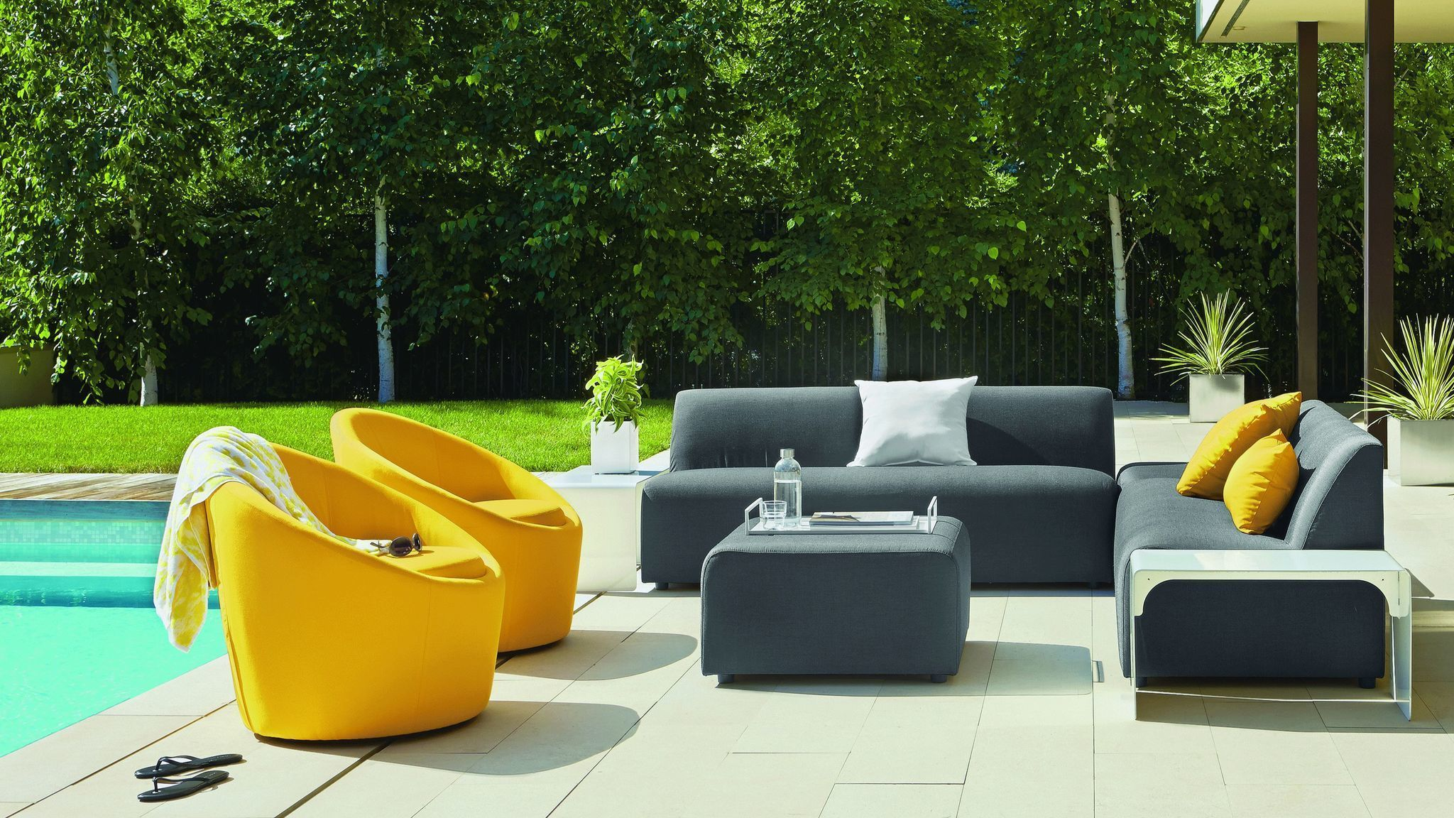 Take It Outside 8 Hot Trends In Outdoor Home Furnishing