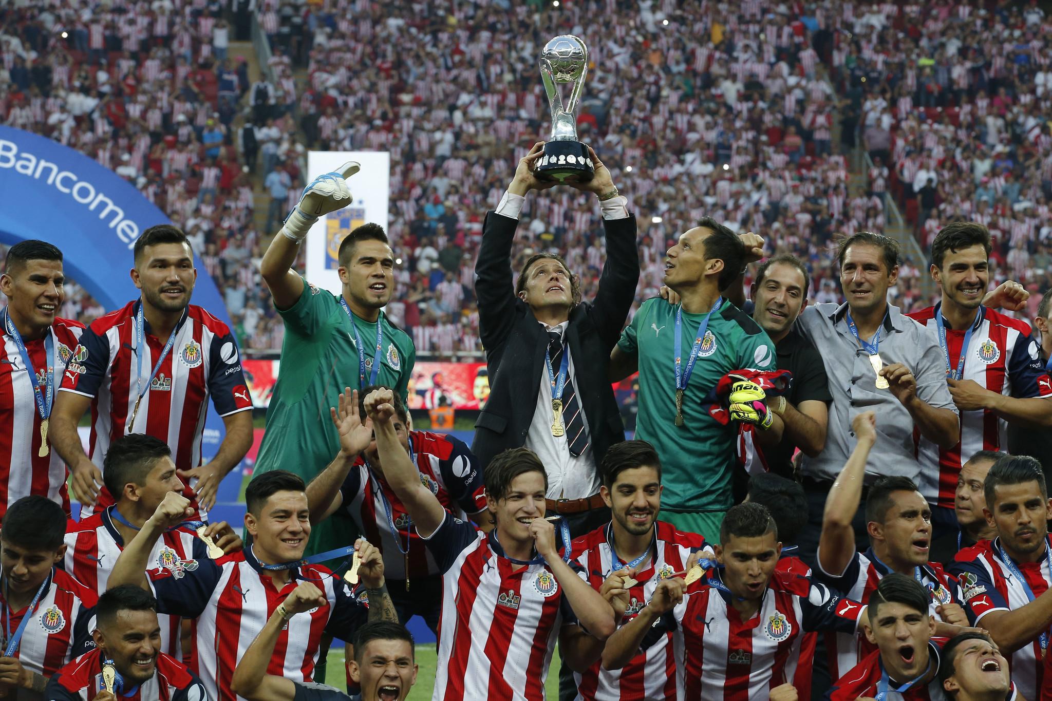 Chivas wins historic 12th Mexican title - The San Diego Union-Tribune 795934567fa