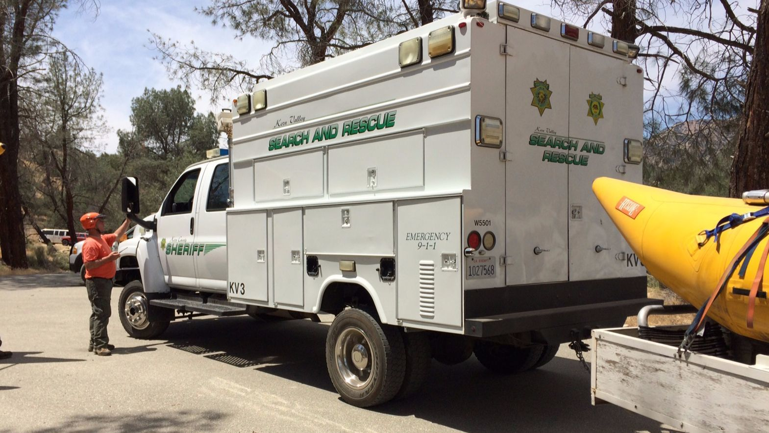 Sheriff's search and rescue crews pulled a man's body from the Kern River on Monday, May 29, 2017.