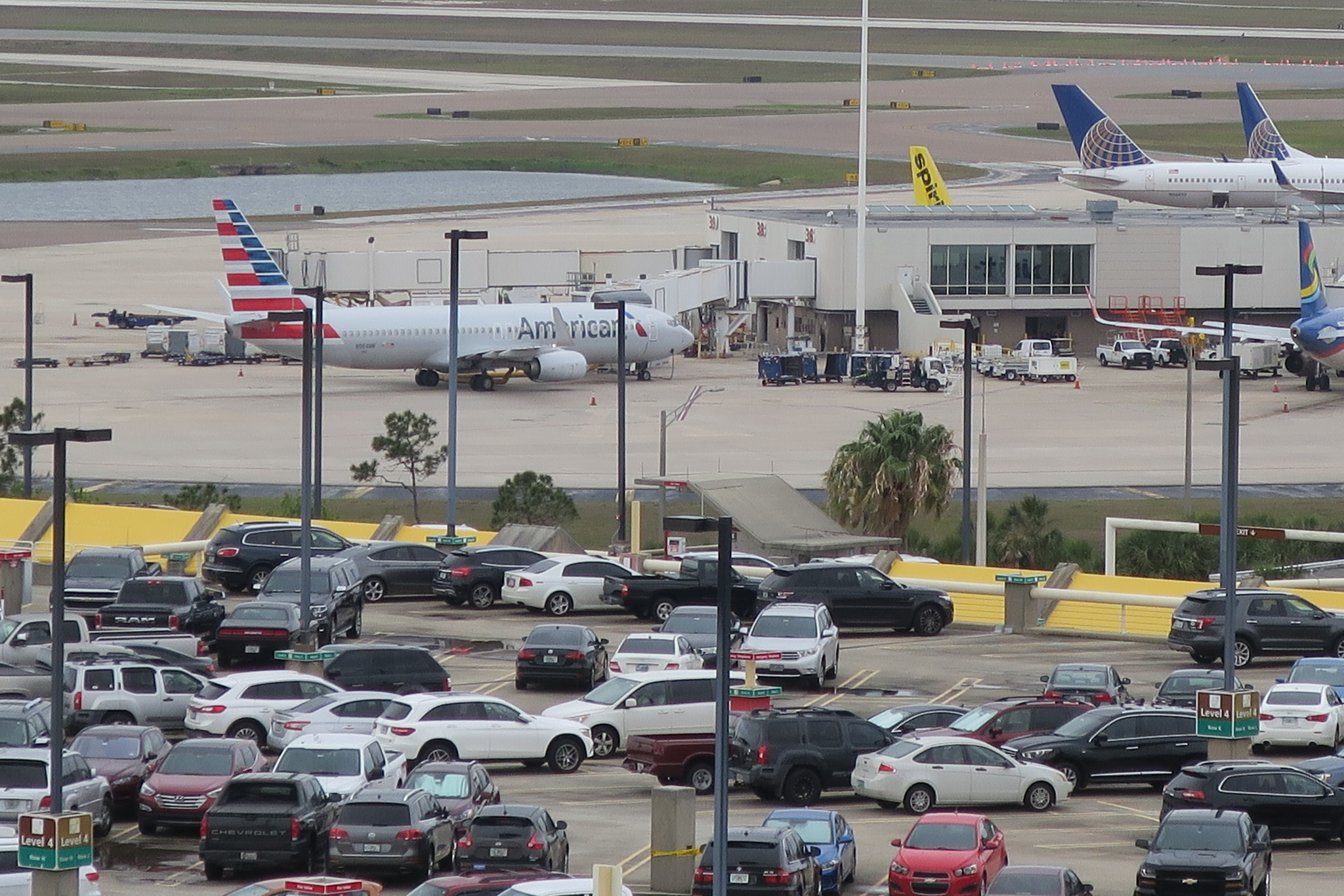 Orlando Airport Wants To Raise Cost Of Parking In Crowded