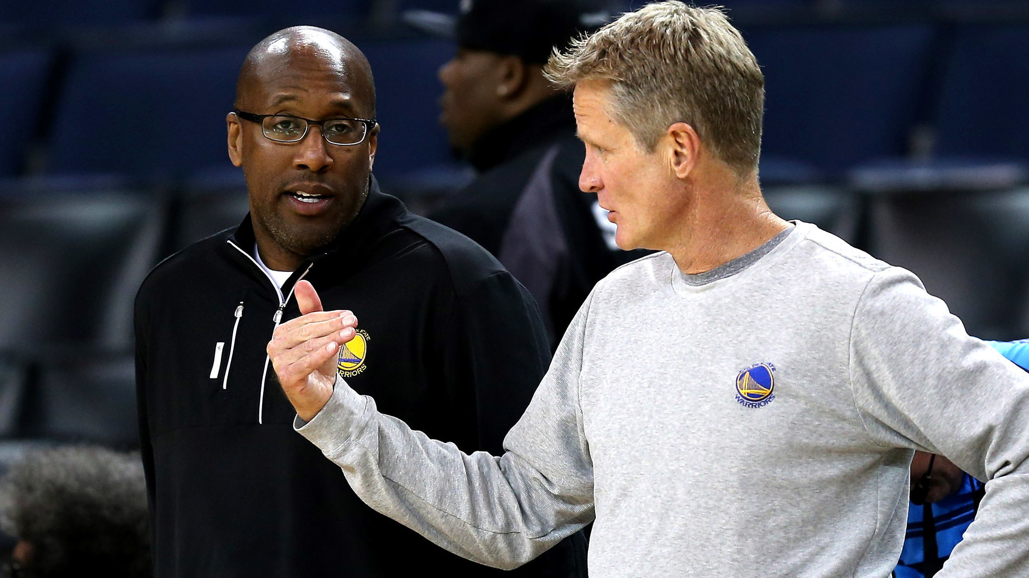 Created At 2017 06 03 0714 Dormanr 70001 Cadillac Escalade 19992000 Tail Light Circuit Boards Sportsinquirernet Mike Brown 11 0 Coaching The Warriors In Nba Playoffs Has Ailing Steve Kerrs Back