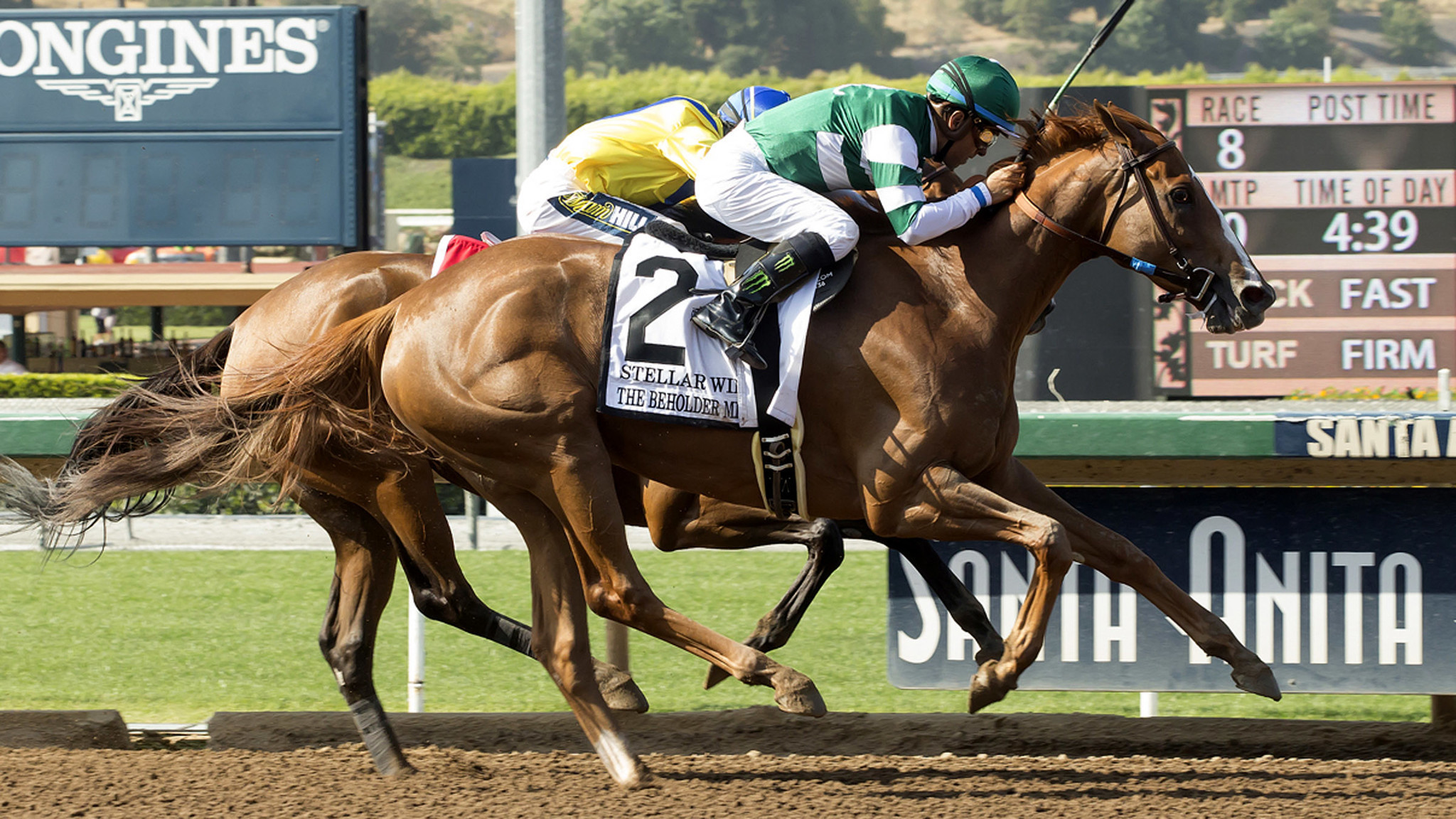 Stellar Wind Wins Thrilling Duel In Beholder Mile La Times