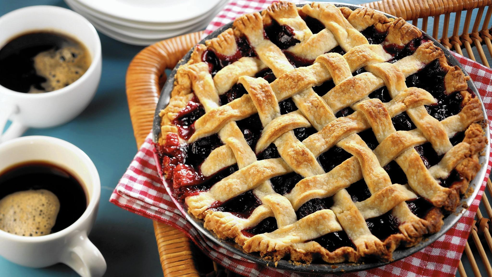 Get into 'Twin Peaks' return with sweet cherry pie agent ...
