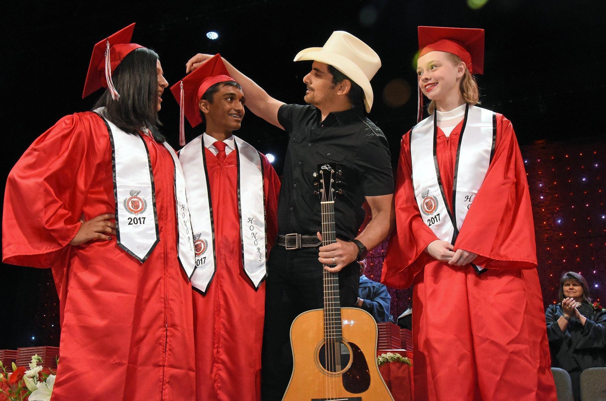 Graduation 2017 German International School Chicago: Country Singer Brad Paisley Offers Advice To Barrington