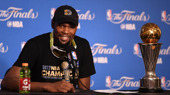 1c8d236f569b Kevin Durant deserves respect — not criticism — for chasing NBA ...