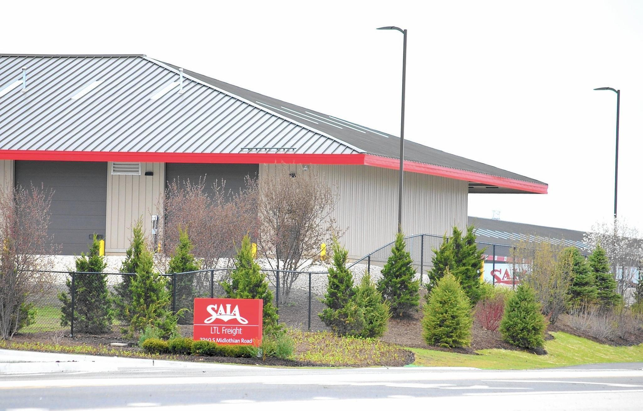 Despite more than $500K in legal fees, Mundelein committed to trucking terminal fight. Saia Inc.
