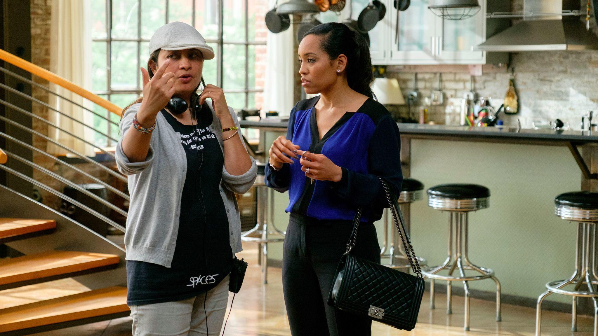 "Aurora Guerrero, left, directs actress Dawn-Lyen Gardner in an episode of ""Queen Sugar."""