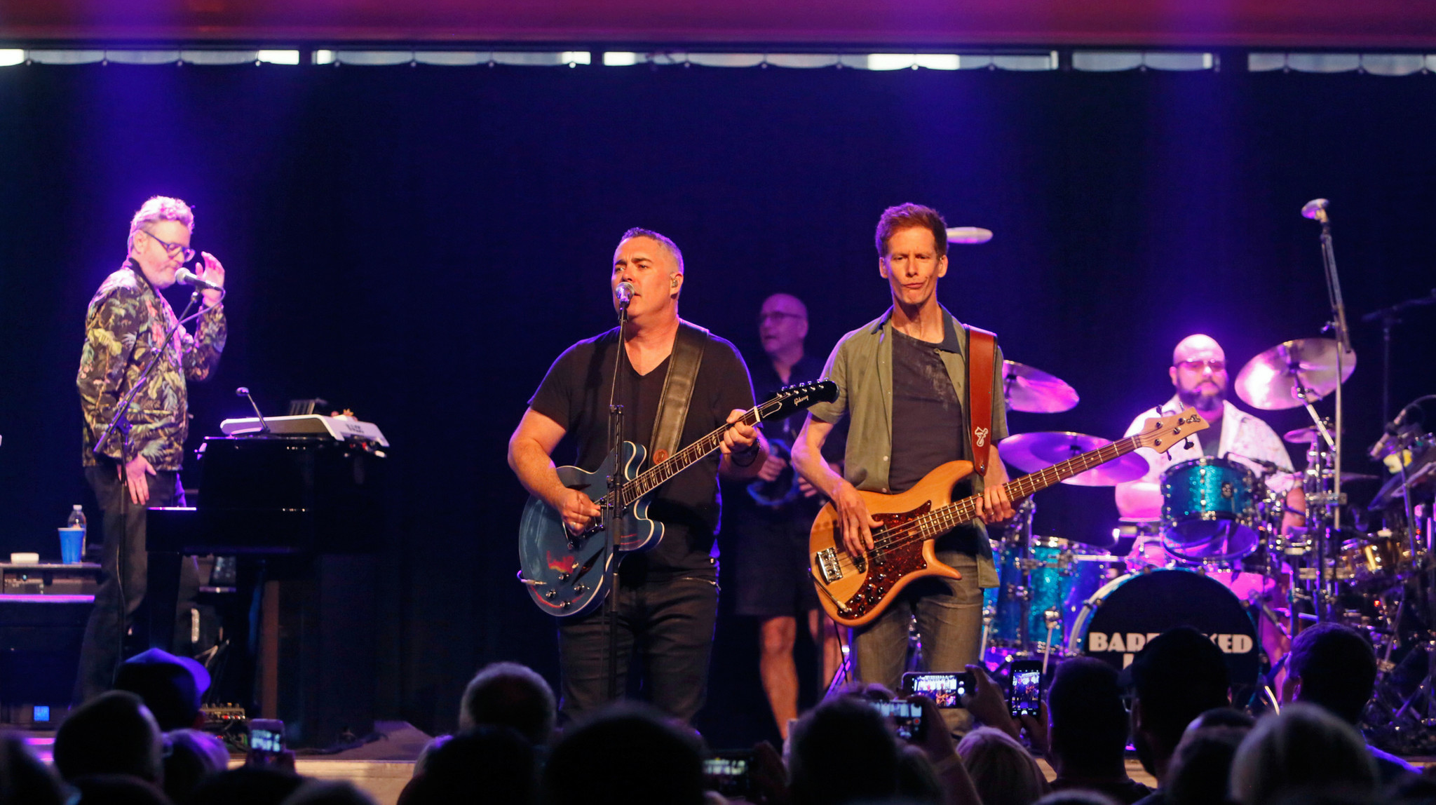 REVIEW: Barenaked Ladies fans covet bands earlier songs