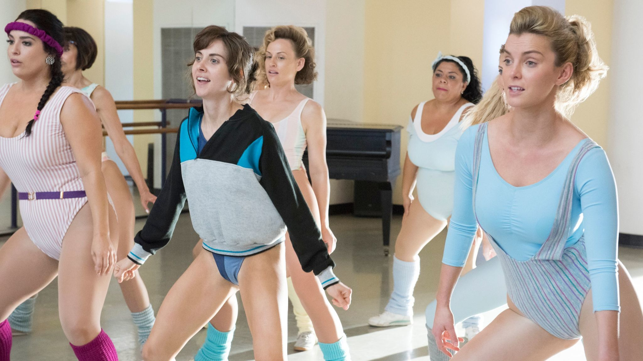 Alison Brie as Ruth and Betty Gilpin as Debbie in Netflix's