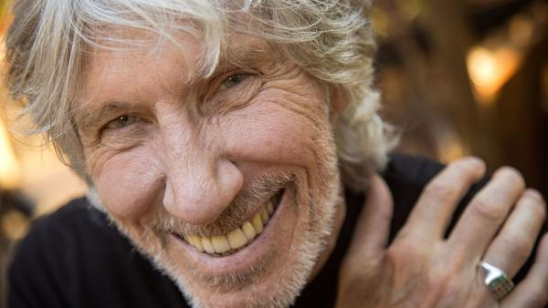 roger waters is up for any backlash from anti trump commentary in his new album and tour la times. Black Bedroom Furniture Sets. Home Design Ideas