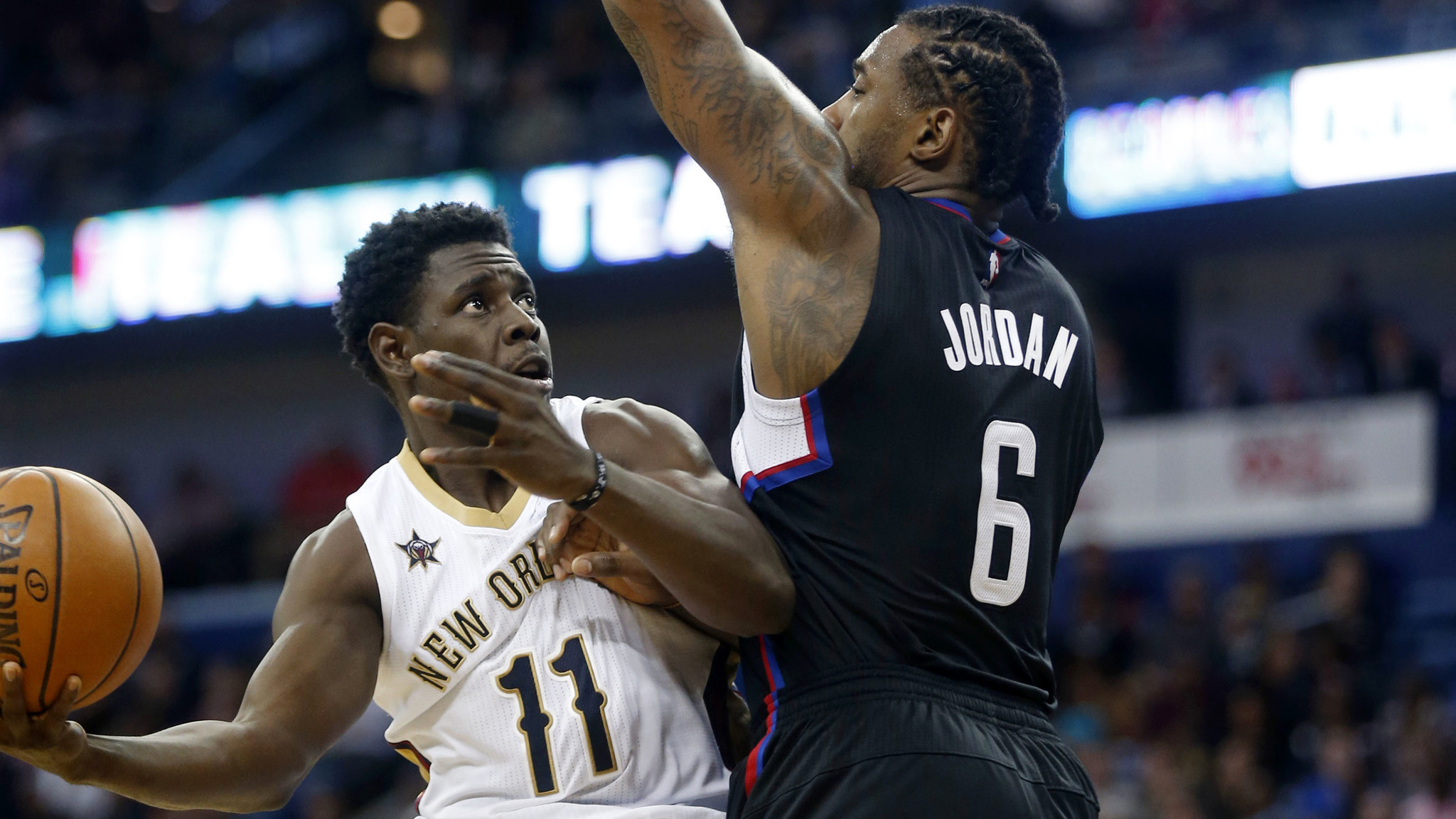 NBA free agency: Jrue Holiday will re-sign with the ...