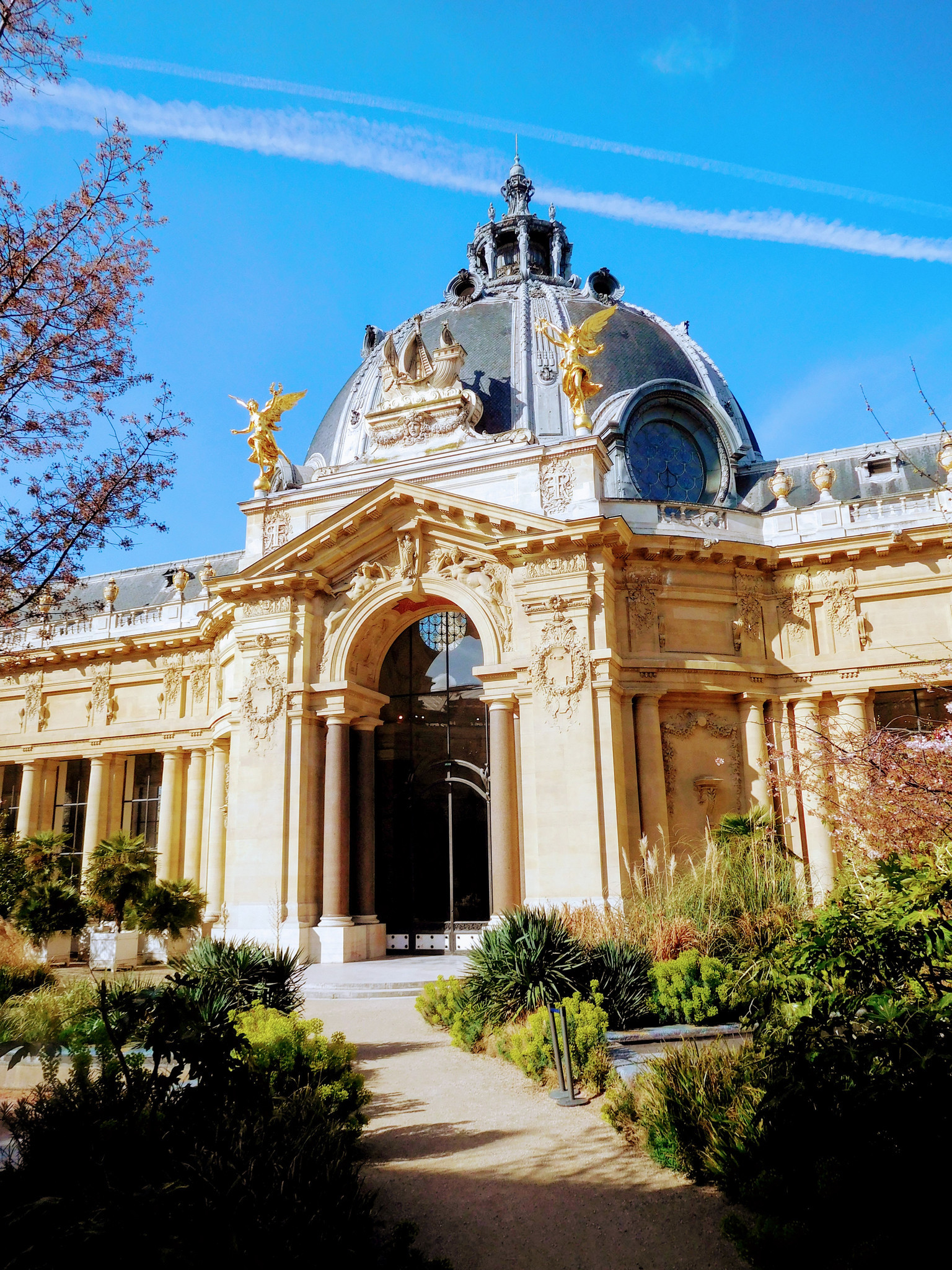 The beautiful Petit Palais contains paintings by Courbet, Monet and Delacroix..