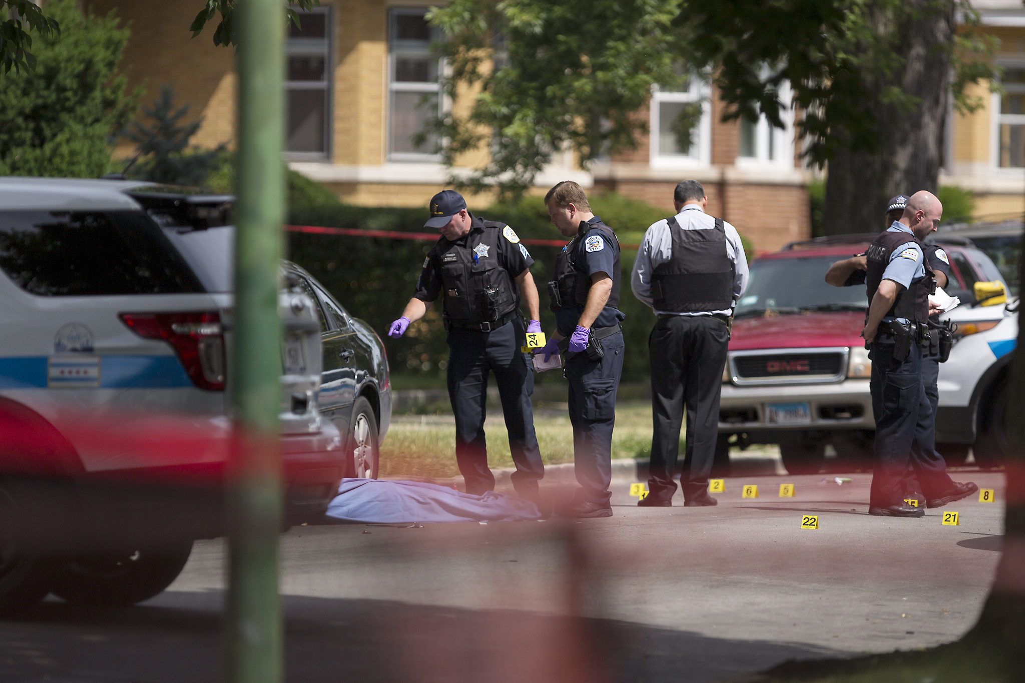 Near Gas Station >> 3 killed in South Side shootings, 8 others wounded ...