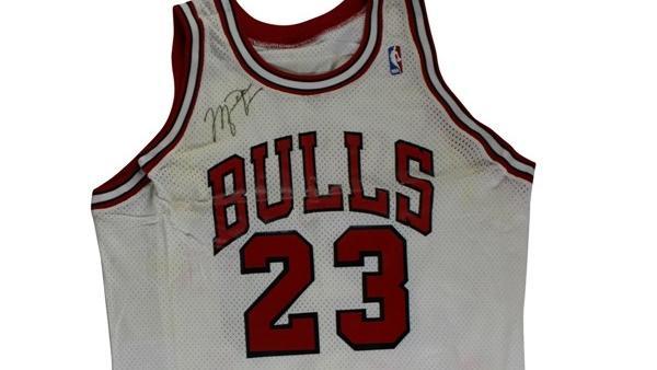 f6ce52c8a1736a Former Gatorade exec auctioning off Michael Jordan items - Chicago ...