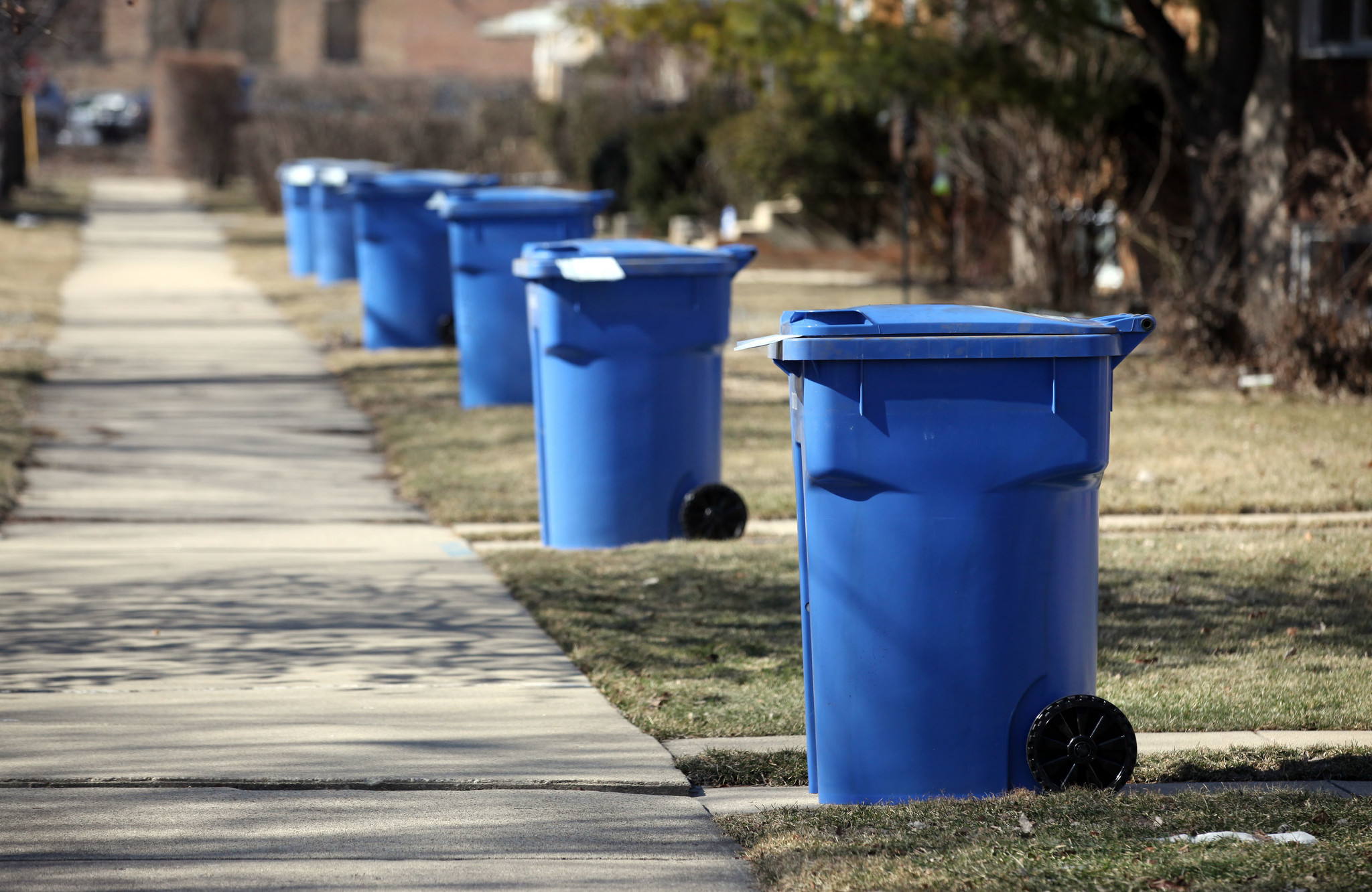 Chicago Stinks At Recycling Here S How It Can Improve Tribune