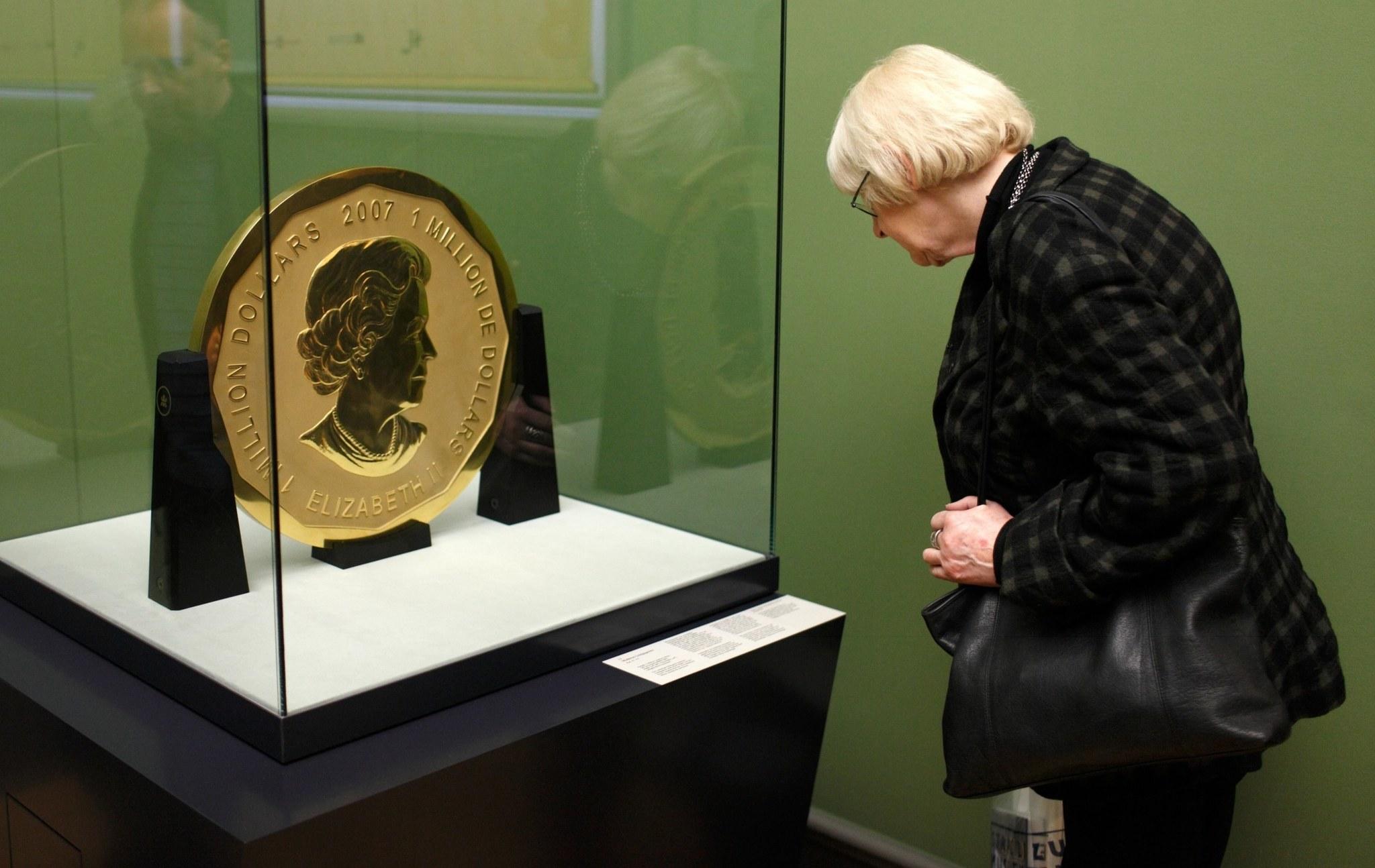 100 kg gold coin stolen