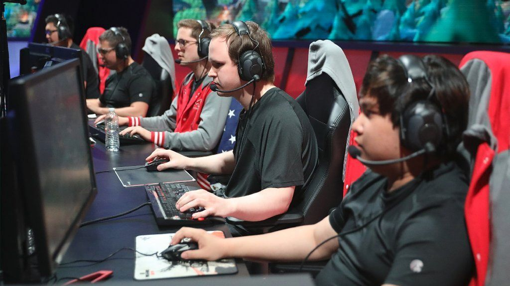 Tony Chau, left, Cody Altman, Andrew Smith, Marko Sosniki and John Le compete for Maryville University against the University of Toronto in the League of Legends college championship at the NA LCS Studio on May 28.